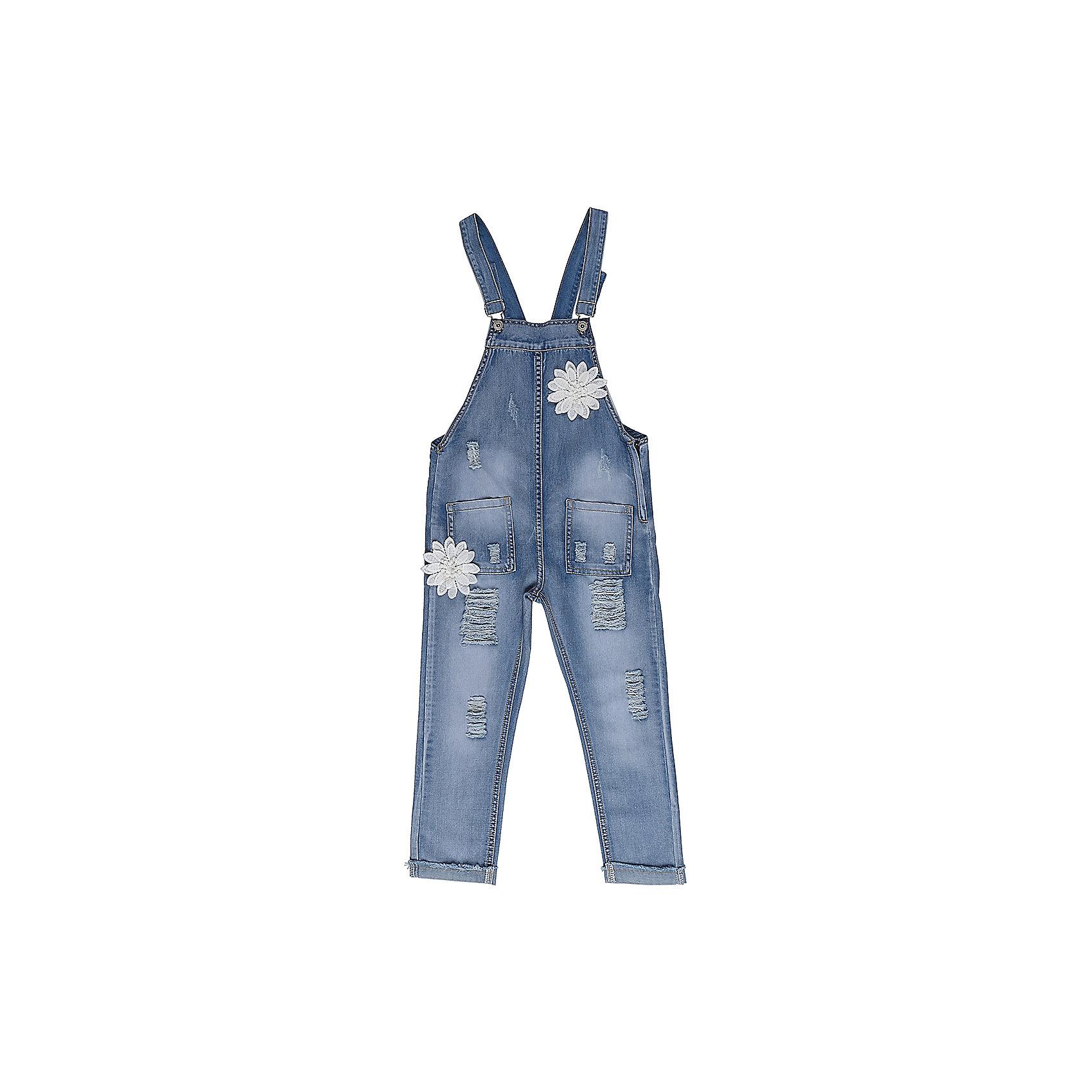 Комбинезон джинсовый для девочки LuminosoДжинсовая одежда<br>Джинсовый полукомбинезон для девочки на регулируемых бретелях. С оригинальной аппликацией  и эффектом рваных джинс. Накладные карманы.<br>Состав:<br>98%хлопок 2%эластан<br><br>Ширина мм: 215<br>Глубина мм: 88<br>Высота мм: 191<br>Вес г: 336<br>Цвет: синий<br>Возраст от месяцев: 156<br>Возраст до месяцев: 168<br>Пол: Женский<br>Возраст: Детский<br>Размер: 164,158,134,140,146,152<br>SKU: 5413524