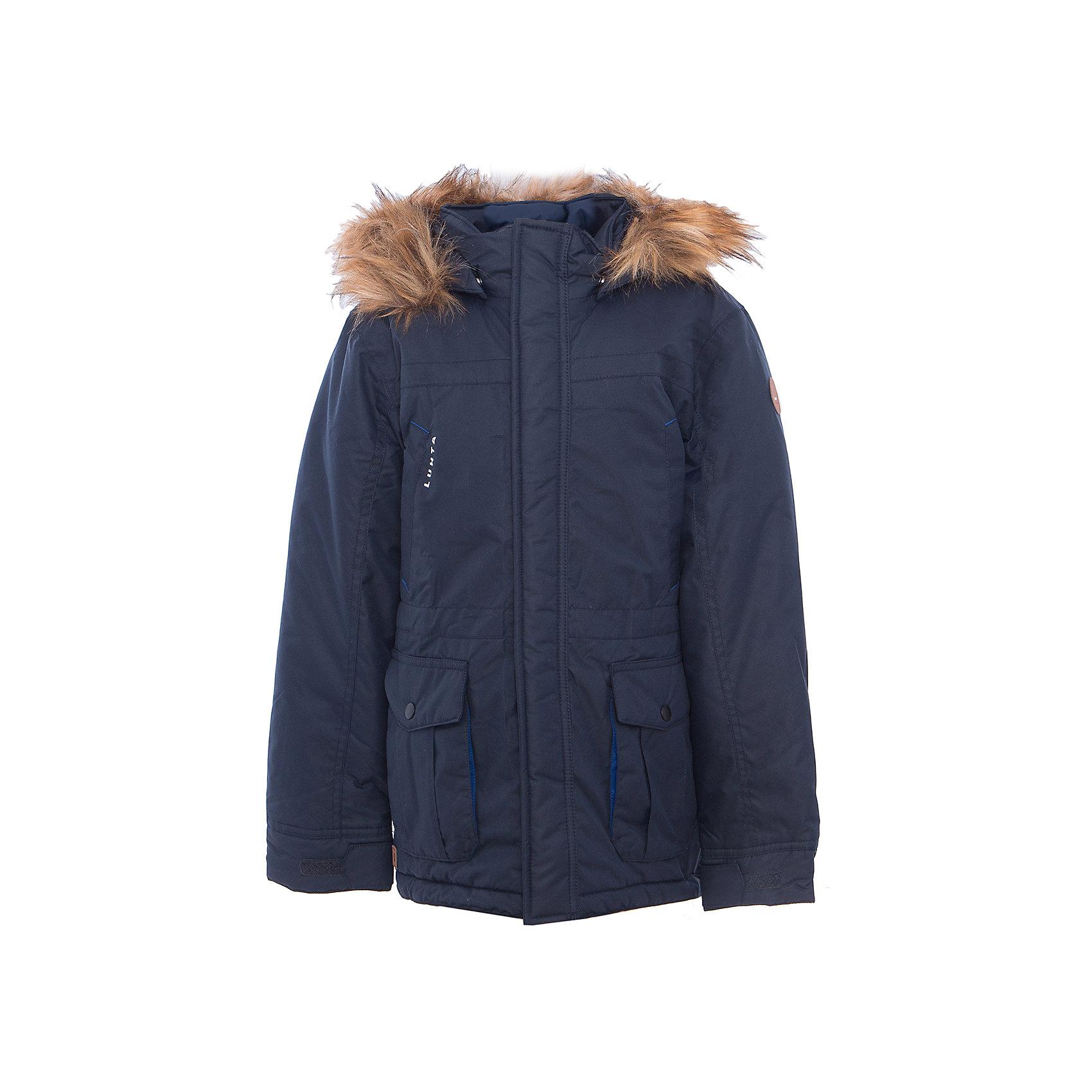 Куртка для мальчика LuhtaОдежда<br>Куртка для мальчика от известного бренда Luhta.<br>Парка с отстегивающимся капюшон, капюшон с искусственным мехом, регулируемая утяжка на талии и в нижней части куртки, на рукавах регулируемая липучка, молния закрыта планкой, накладные теплые карманы, водоотталкивающее покрытие, утепление 200 гр., искусственный утеплитель Finwad, рекомендуемый температурный режим до -20 град., термометр, показывающий температуру внутри верхней одежды.<br>Технологии: Luhta WATER REPELLENT, Luhta BREATHABLE, 3000/3000, Luhta DIRT REPELLENT, Luhta SAFETY, Luhta FINNWAD, Luhta -30<br>Состав:<br>100% полиэстер<br><br>Ширина мм: 356<br>Глубина мм: 10<br>Высота мм: 245<br>Вес г: 519<br>Цвет: синий<br>Возраст от месяцев: 144<br>Возраст до месяцев: 156<br>Пол: Мужской<br>Возраст: Детский<br>Размер: 158,134,152<br>SKU: 5413936