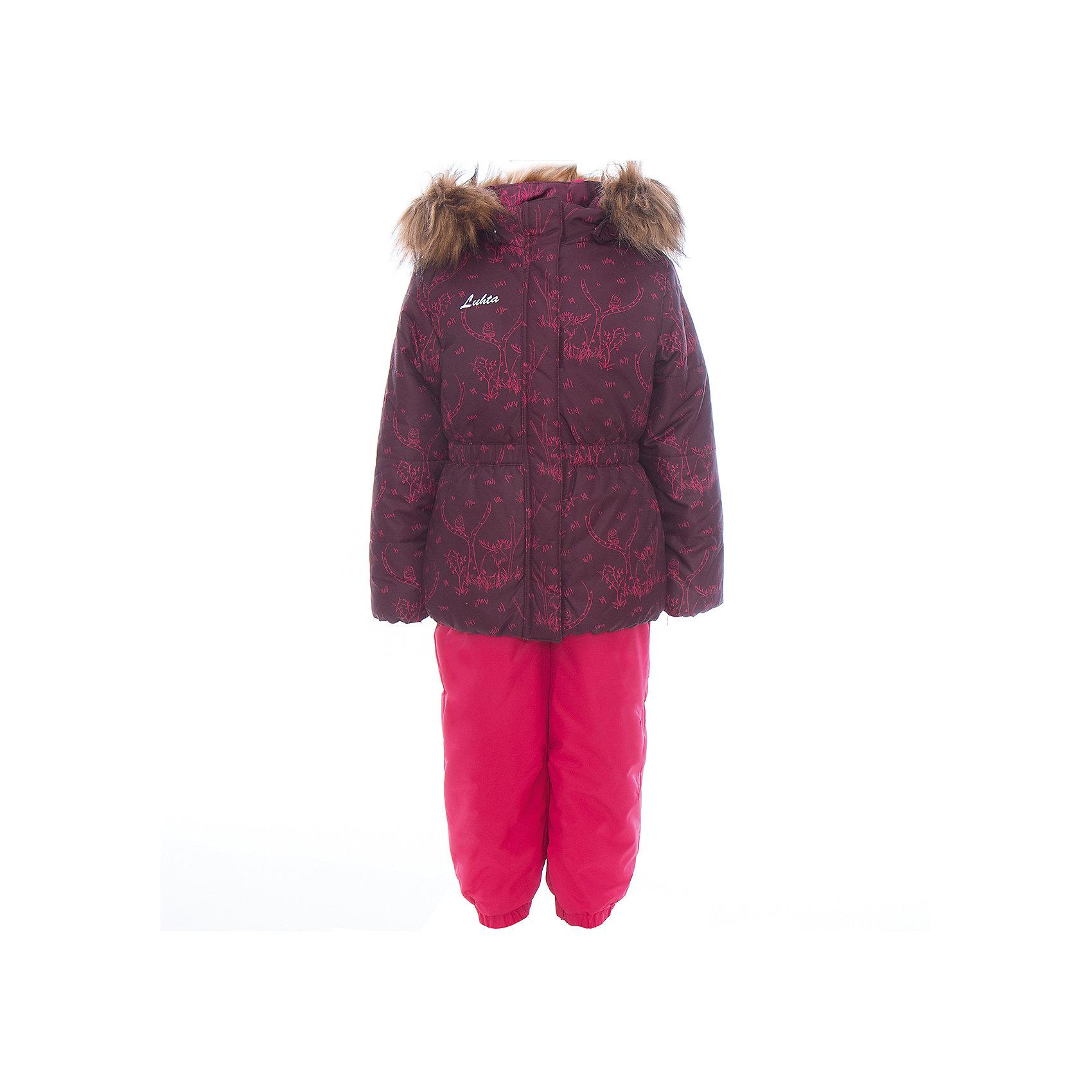 Комплект: куртка и полукомбинезон для девочки LuhtaОдежда<br>Комплект: куртка и полукомбинезон для девочки от известного бренда Luhta.<br>Куртка с отстегивающимся капюшоном, принт, молния закрыта планкой , эластичная резинка на рукавах и в нижней части куртки, светоотражающие элементы, утепление 240 гр. Полукомбинезон на молнии с регулируемыми лямками, эластичная утяжка по талии, регулируемые штрипки для ботинка, утепление 160 гр. Рекомендуемый температурный режим до -30 град. Внутри куртки находится температурный датчик.<br>Технологии: Luhta WATER REPELLENT, Luhta BREATHABLE, 2000/2000, Luhta DIRT REPELLENT, Luhta TEMPERATURE CONTROL, Luhta SAFETY, Luhta FINNWAD, Luhta -30<br>Состав:<br>100% полиэстер<br><br>Ширина мм: 356<br>Глубина мм: 10<br>Высота мм: 245<br>Вес г: 519<br>Цвет: красный<br>Возраст от месяцев: 24<br>Возраст до месяцев: 36<br>Пол: Женский<br>Возраст: Детский<br>Размер: 98,104,110,116,122,128,92<br>SKU: 5414048