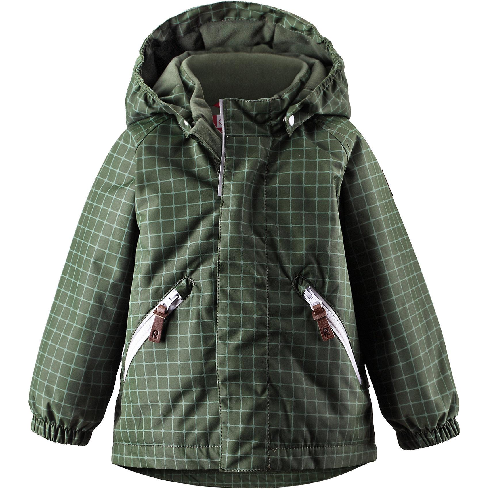 Куртка Nappaa для мальчика ReimaОдежда<br>Характеристики товара:<br><br>• цвет: зеленый<br>• состав: 100% полиэстер, полиуретановое покрытие<br>• температурный режим: 0° до -20° градусов<br>• утеплитель: 160 г<br>• планка от ветра<br>• основные швы проклеены<br>• съёмный капюшон<br>• молния<br>• светоотражающие детали<br>• «дышащий» материал<br>• ветро- водо- и грязеотталкивающий материал<br>• карманы<br>• комфортная посадка<br>• страна производства: Китай<br>• страна бренда: Финляндия<br><br>Верхняя одежда для детей может быть модной и комфортной одновременно! Эти зимняя куртка поможет обеспечить ребенку комфорт и тепло. Она отлично смотрится с различной одеждой и обувью. Изделие удобно сидит и модно выглядит. Стильный дизайн разрабатывался специально для детей. Отличный вариант для активного отдыха зимой!<br><br>Одежда и обувь от финского бренда Reima пользуется популярностью во многих странах. Эти изделия стильные, качественные и удобные. Для производства продукции используются только безопасные, проверенные материалы и фурнитура. Порадуйте ребенка модными и красивыми вещами от Reima! <br><br>Куртку Nappaa для мальчика от финского бренда Reimatec® Reima (Рейма) можно купить в нашем интернет-магазине.<br><br>Ширина мм: 356<br>Глубина мм: 10<br>Высота мм: 245<br>Вес г: 519<br>Цвет: зеленый<br>Возраст от месяцев: 12<br>Возраст до месяцев: 15<br>Пол: Унисекс<br>Возраст: Детский<br>Размер: 80,98,74,86,92<br>SKU: 5415422