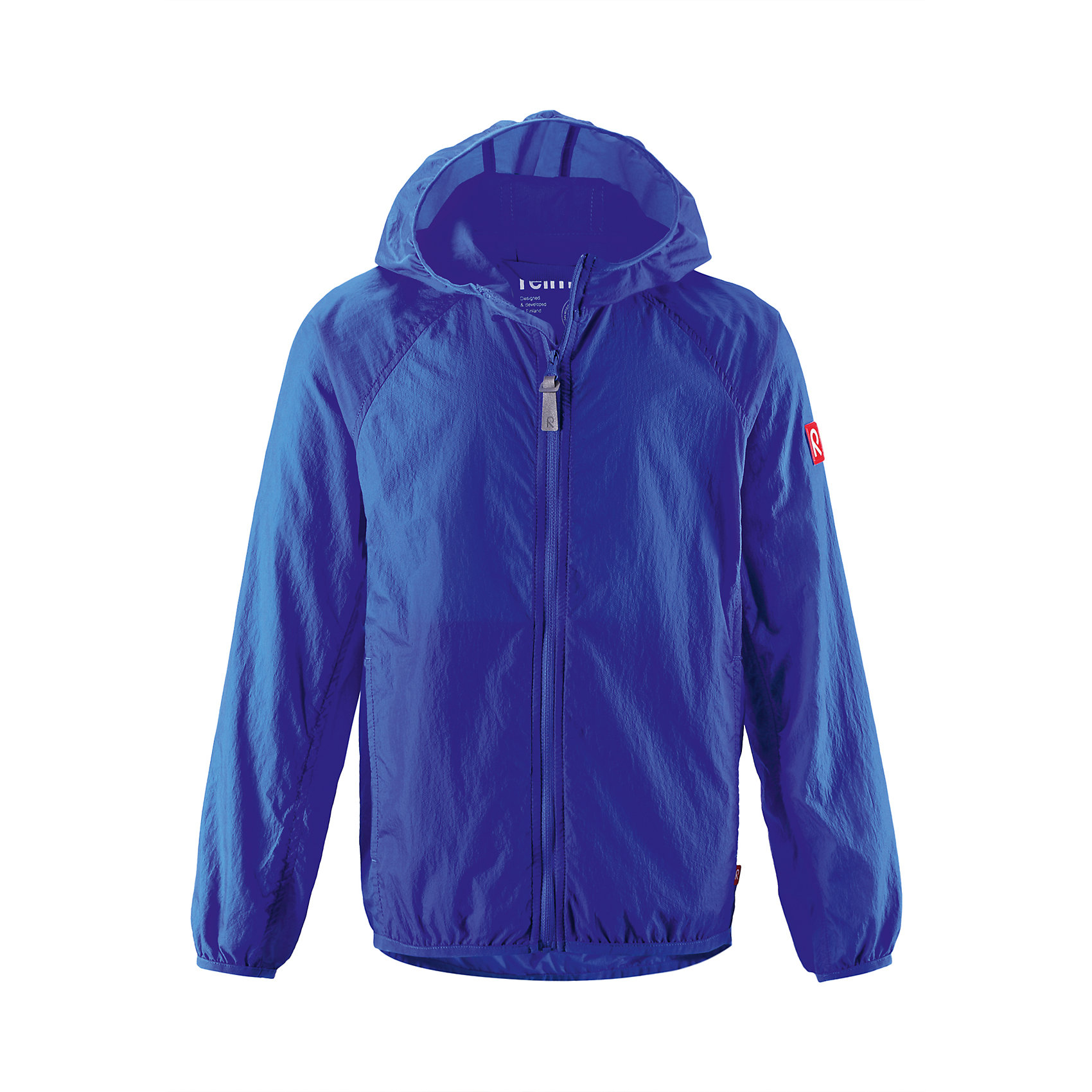 Куртка Saguenay для мальчика ReimaОдежда<br>Характеристики товара:<br><br>• цвет: синий<br>• состав: 100% полиамид<br>• температурный режим: от +15°до +5°С<br>• сезон: весна-лето<br>• без утеплителя<br>• застежка: молния<br>• эластичные манжеты<br>• капюшон<br>• карманы<br>• логотип<br>• комфортная посадка<br>• страна производства: Китай<br>• страна бренда: Финляндия<br><br>Верхняя одежда для детей может быть модной и комфортной одновременно! Легкая куртка поможет обеспечить ребенку комфорт в прохладную погоду. Она отлично смотрится с различной одеждой и обувью. Изделие удобно сидит и модно выглядит. Стильный дизайн разрабатывался специально для детей.<br><br>Одежда и обувь от финского бренда Reima пользуется популярностью во многих странах. Эти изделия стильные, качественные и удобные. Для производства продукции используются только безопасные, проверенные материалы и фурнитура. Порадуйте ребенка модными и красивыми вещами от Reima! <br><br>Куртку Saguenay для мальчика от финского бренда Reima (Рейма) можно купить в нашем интернет-магазине.<br><br>Ширина мм: 356<br>Глубина мм: 10<br>Высота мм: 245<br>Вес г: 519<br>Цвет: разноцветный<br>Возраст от месяцев: 108<br>Возраст до месяцев: 120<br>Пол: Унисекс<br>Возраст: Детский<br>Размер: 140,134,128,146,152,104,122,116<br>SKU: 5415457