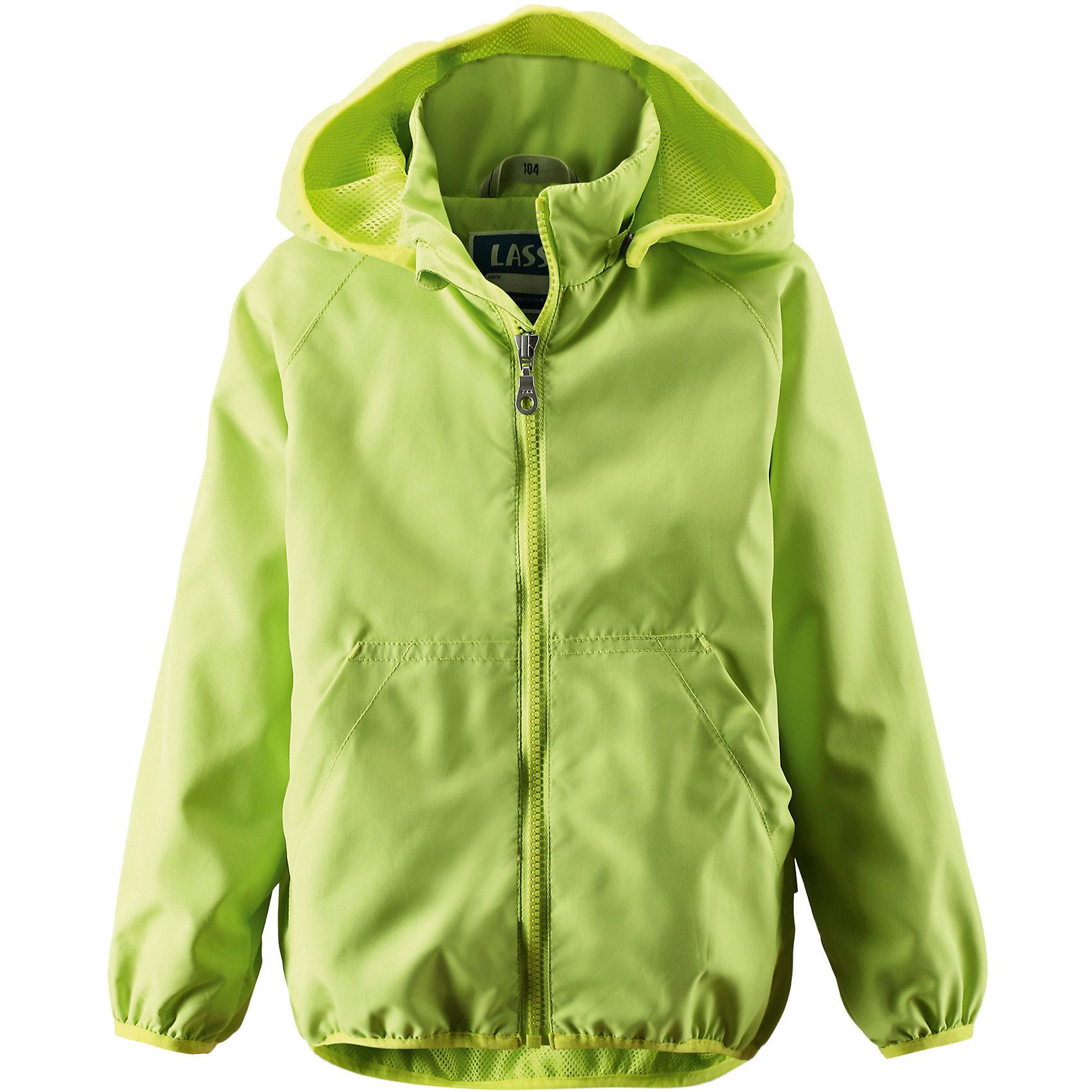 Куртка  для мальчика LassieОдежда<br>Характеристики товара:<br><br>• цвет: зеленый<br>• состав: Верх: 100% полиэстер, мембрана, подкладка: 100% полиуретан<br>• температурный режим: от +10°до +20°С<br>• без утеплителя<br>• сезон: весна-лето<br>• съемный капюшон<br>• эластичный подол и манжеты<br>• легкая и тонкая<br>• два карамана на липучках<br>• водооталкивающий<br>• ветрозащитный<br>• солнцезащитный фактор 50+<br>• застежка: молния<br>• высокий воротник<br>• комфортная посадка<br>• страна производства: Китай<br>• страна бренда: Финляндия<br><br>Верхняя одежда для детей может быть модной и комфортной одновременно! Легкая куртка поможет обеспечить ребенку комфорт и тепло. Она отлично смотрится с различной одеждой и обувью. Изделие удобно сидит и модно выглядит. Стильный дизайн разрабатывался специально для детей.<br><br>Одежда и обувь от финского бренда Lassie пользуется популярностью во многих странах. Эти изделия стильные, качественные и удобные. Для производства продукции используются только безопасные, проверенные материалы и фурнитура. Порадуйте ребенка модными и красивыми вещами от Lassie! <br><br>Куртку для мальчика от финского бренда Lassie (Лэсси) можно купить в нашем интернет-магазине.<br><br>Ширина мм: 356<br>Глубина мм: 10<br>Высота мм: 245<br>Вес г: 519<br>Цвет: зеленый<br>Возраст от месяцев: 48<br>Возраст до месяцев: 60<br>Пол: Унисекс<br>Возраст: Детский<br>Размер: 110,116,128,98,122,104,134<br>SKU: 5415614