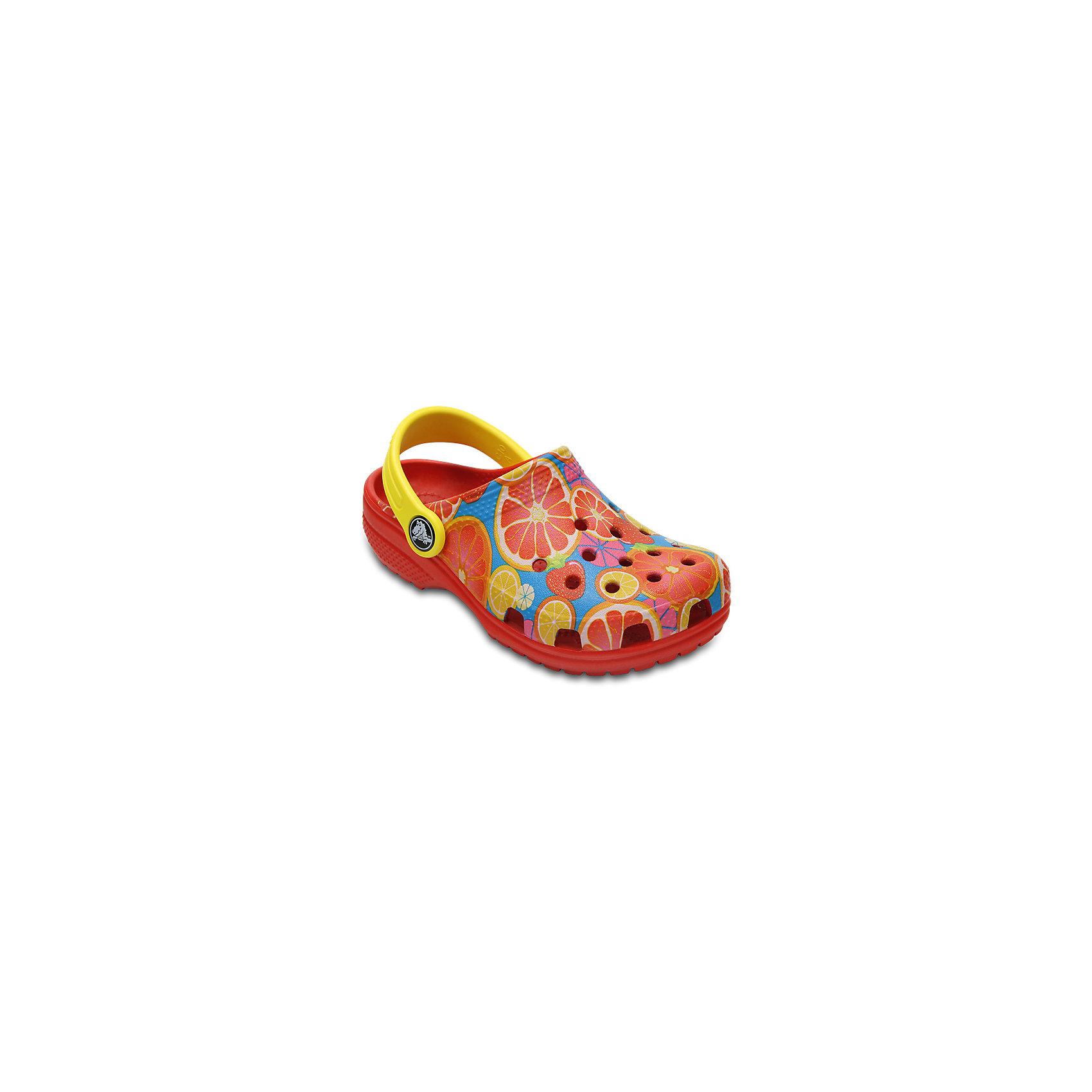 Сабо Kids Classic, CROCSПляжная обувь<br>Характеристики товара:<br><br>• цвет: красный<br>• принт: Фрукты<br>• сезон: лето<br>• тип: пляжная обувь<br>• материал: 100% полимер Croslite™<br>• под воздействием температуры тела принимают форму стопы<br>• полностью литая модель<br>• вентиляционные отверстия<br>• бактериостатичный материал<br>• пяточный ремешок фиксирует стопу<br>• отверстия для использования украшений<br>• анатомическая стелька с массажными точками<br>• страна бренда: США<br>• страна изготовитель: Китай<br><br>Для правильного развития ребенка крайне важно, чтобы обувь была удобной.<br><br>Такие сабо обеспечивают детям необходимый комфорт, а анатомическая стелька с массажными линиями для стимуляции кровообращения позволяет ножкам дольше не уставать. <br><br>Сабо легко надеваются и снимаются, отлично сидят на ноге. <br><br>Материал, из которого они сделаны, не дает размножаться бактериям, поэтому такая обувь препятствует образованию неприятного запаха и появлению болезней стоп.<br><br>Обувь от американского бренда Crocs в данный момент завоевала широкую популярность во всем мире, и это не удивительно - ведь она невероятно удобна. <br><br>Её носят врачи, спортсмены, звёзды шоу-бизнеса, люди, которым много времени приходится бывать на ногах - они понимают, как важна комфортная обувь. <br><br>Продукция Crocs - это качественные товары, созданные с применением новейших технологий. <br><br>Обувь отличается стильным дизайном и продуманной конструкцией. Изделие производится из качественных и проверенных материалов, которые безопасны для детей.<br><br>Сабо Kids Classic от торговой марки Crocs можно купить в нашем интернет-магазине.<br><br>Ширина мм: 225<br>Глубина мм: 139<br>Высота мм: 112<br>Вес г: 290<br>Цвет: красный<br>Возраст от месяцев: 36<br>Возраст до месяцев: 48<br>Пол: Унисекс<br>Возраст: Детский<br>Размер: 27,28,29,30,21,22,23,25,26,31/32,33/34,34/35,24<br>SKU: 5416428