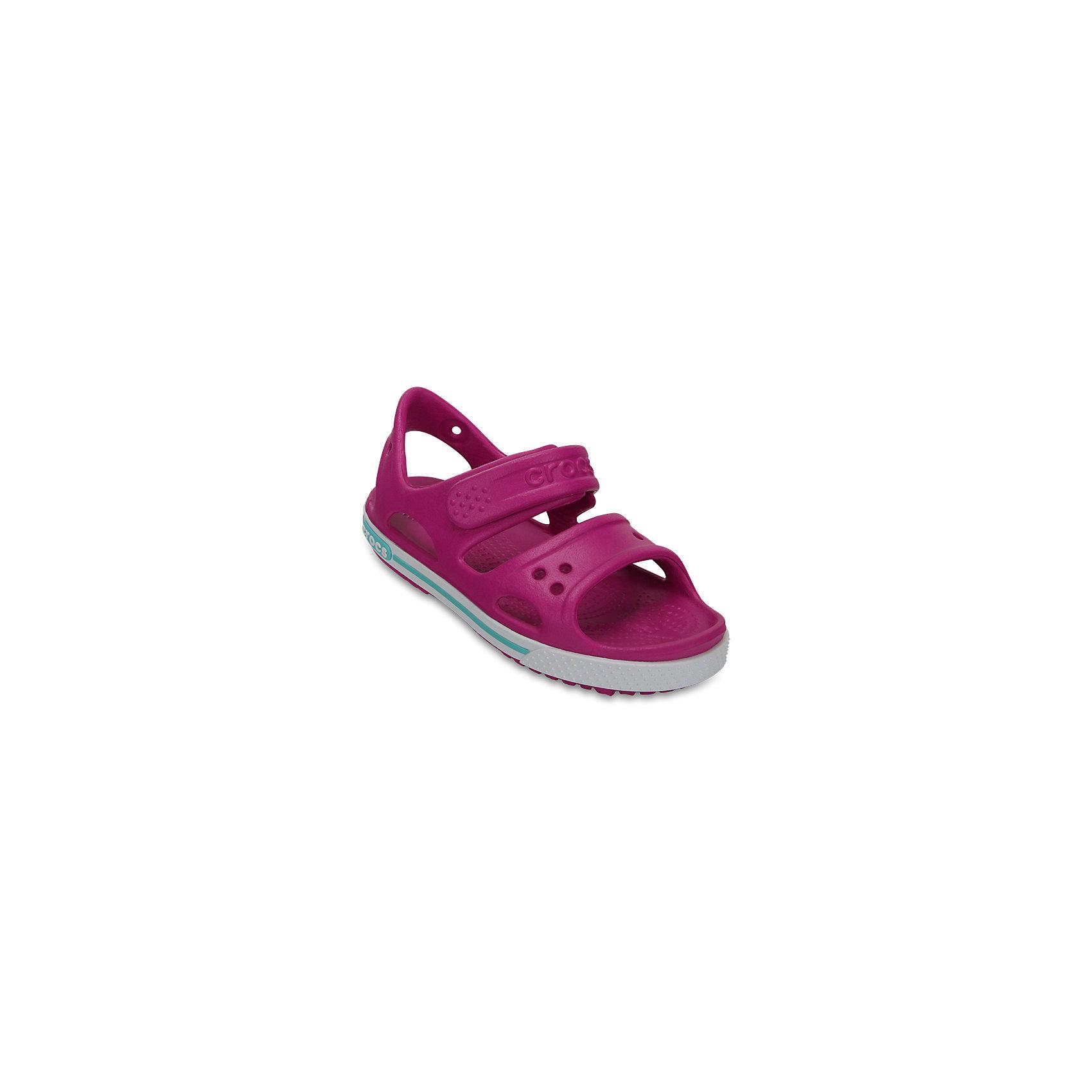 Сандалии для мальчика Kids' Crocband™ II Sandal CROCSПляжная обувь<br>Характеристики товара:<br><br>• цвет: фуксия<br>• сезон: лето<br>• материал: 100% полимер Croslite™<br>• бактериостатичный материал<br>• ремешок фиксирует стопу<br>• антискользящая устойчивая подошва<br>• липучка<br>• анатомическая стелька с массажными точками<br>• страна бренда: США<br>• страна изготовитель: Китай<br><br>Для правильного развития ребенка крайне важно, чтобы обувь была удобной.<br><br>Такие сандалии обеспечивают детям необходимый комфорт, а анатомическая стелька с массажными линиями для стимуляции кровообращения позволяет ножкам дольше не уставать. <br><br>Сандалии легко надеваются и снимаются, отлично сидят на ноге. <br><br>Материал, из которого они сделаны, не дает размножаться бактериям, поэтому такая обувь препятствует образованию неприятного запаха и появлению болезней стоп. <br><br>Обувь от американского бренда Crocs в данный момент завоевала широкую популярность во всем мире, и это не удивительно - ведь она невероятно удобна. <br><br>Сандалии Kids' Crocband™ II Sandal от торговой марки Crocs можно купить в нашем интернет-магазине.<br><br>Ширина мм: 219<br>Глубина мм: 154<br>Высота мм: 121<br>Вес г: 343<br>Цвет: лиловый<br>Возраст от месяцев: 36<br>Возраст до месяцев: 48<br>Пол: Женский<br>Возраст: Детский<br>Размер: 27,34/35,28,29,30,21,22,23,24,25,26,31/32,33/34<br>SKU: 5416647