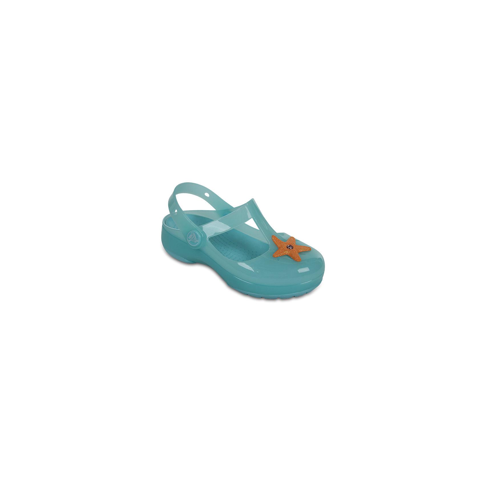 Сандалии для девочки Isabella Novelty Sandals CrocsПляжная обувь<br>Характеристики товара:<br><br>• цвет: бирюзовый<br>• сезон: лето<br>• тип сандалей: закрытые<br>• материал: 100% полимер Croslite™<br>• литая модель<br>• объемное украшение<br>• бактериостатичный материал<br>• пяточный ремешок фиксирует стопу<br>• устойчивая подошва<br>• анатомическая стелька с массажными точками<br>• страна бренда: США<br>• страна изготовитель: Китай<br><br>Сандалии для девочки Isabella Novelty Sandals обеспечивают детям необходимый комфорт, а анатомическая стелька с массажными линиями для стимуляции кровообращения позволяет ножкам дольше не уставать. <br><br>Сандалии легко надеваются и снимаются, отлично сидят на ноге. <br><br>Материал, из которого они сделаны, не дает размножаться бактериям, поэтому такая обувь препятствует образованию неприятного запаха и появлению болезней стоп. <br><br>Обувь от американского бренда Crocs в данный момент завоевала широкую популярность во всем мире, и это не удивительно - ведь она невероятно удобна. <br><br>Её носят врачи, спортсмены, звёзды шоу-бизнеса, люди, которым много времени приходится бывать на ногах - они понимают, как важна комфортная обувь.<br><br>Продукция Crocs - это качественные товары, созданные с применением новейших технологий. <br><br>Сандалии для девочки Isabella Novelty Sandals от торговой марки Crocs можно купить в нашем интернет-магазине.<br><br>Ширина мм: 225<br>Глубина мм: 139<br>Высота мм: 112<br>Вес г: 290<br>Цвет: голубой<br>Возраст от месяцев: 24<br>Возраст до месяцев: 36<br>Пол: Женский<br>Возраст: Детский<br>Размер: 26,27,28,29,30,21,22,23,24,25<br>SKU: 5416820