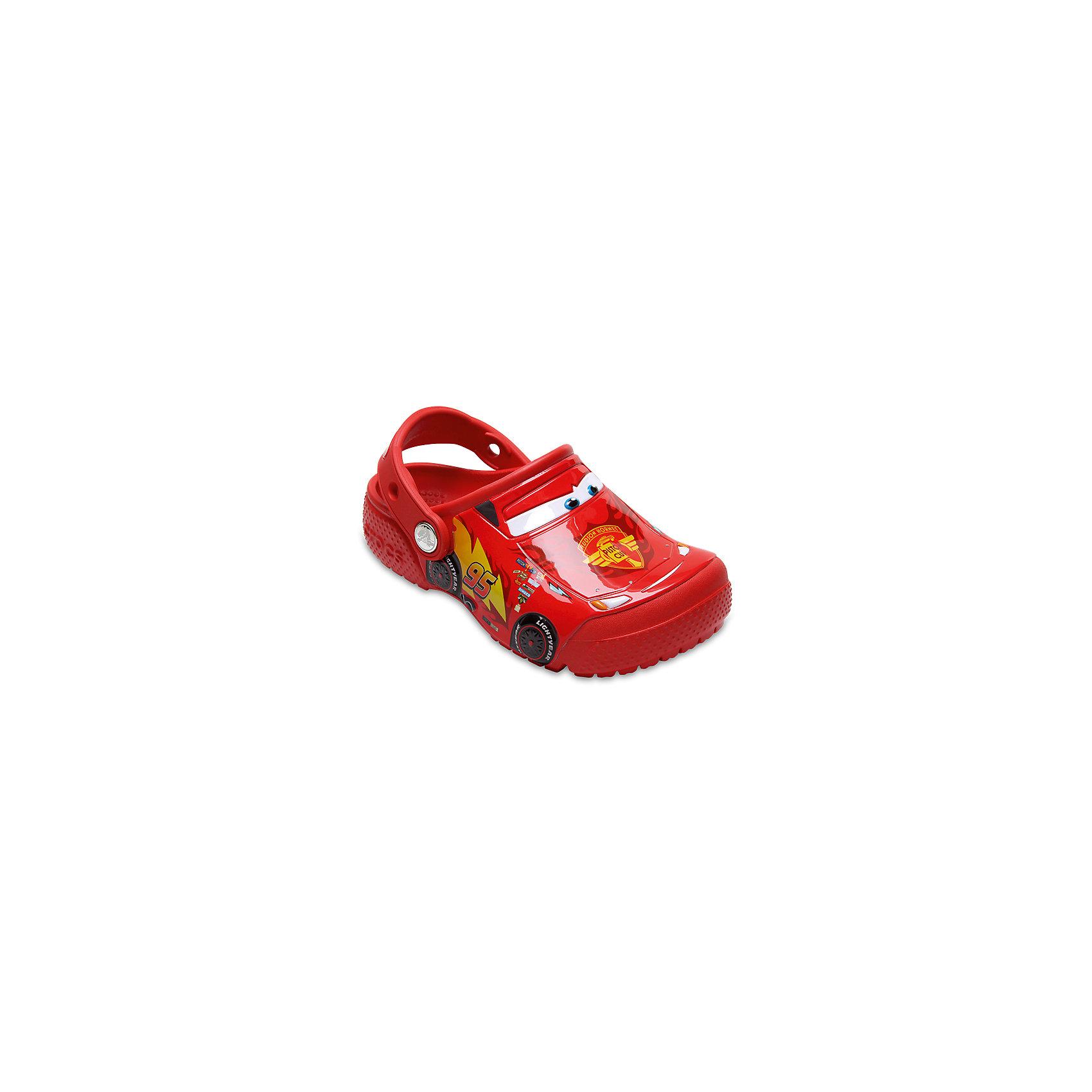 Сабо Kids Classic, CROCSПляжная обувь<br>Характеристики товара:<br><br>• цвет: красный<br>• принт: Тачки<br>• сезон: лето<br>• тип: пляжная обувь<br>• материал: 100% полимер Croslite™<br>• под воздействием температуры тела принимают форму стопы<br>• полностью литая модель<br>• вентиляционные отверстия<br>• бактериостатичный материал<br>• пяточный ремешок фиксирует стопу<br>• отверстия для использования украшений<br>• анатомическая стелька с массажными точками<br>• страна бренда: США<br>• страна изготовитель: Китай<br><br>Для правильного развития ребенка крайне важно, чтобы обувь была удобной.<br><br>Такие сабо обеспечивают детям необходимый комфорт, а анатомическая стелька с массажными линиями для стимуляции кровообращения позволяет ножкам дольше не уставать. <br><br>Сабо легко надеваются и снимаются, отлично сидят на ноге. <br><br>Материал, из которого они сделаны, не дает размножаться бактериям, поэтому такая обувь препятствует образованию неприятного запаха и появлению болезней стоп.<br><br>Обувь от американского бренда Crocs в данный момент завоевала широкую популярность во всем мире, и это не удивительно - ведь она невероятно удобна. <br><br>Её носят врачи, спортсмены, звёзды шоу-бизнеса, люди, которым много времени приходится бывать на ногах - они понимают, как важна комфортная обувь. <br><br>Продукция Crocs - это качественные товары, созданные с применением новейших технологий. <br><br>Обувь отличается стильным дизайном и продуманной конструкцией. Изделие производится из качественных и проверенных материалов, которые безопасны для детей.<br><br>Сабо Kids Classic от торговой марки Crocs можно купить в нашем интернет-магазине.<br><br>Ширина мм: 225<br>Глубина мм: 139<br>Высота мм: 112<br>Вес г: 290<br>Цвет: красный<br>Возраст от месяцев: 132<br>Возраст до месяцев: 144<br>Пол: Унисекс<br>Возраст: Детский<br>Размер: 34/35,27,28,29,30,21,22,23,24,25,26,31/32,33/34<br>SKU: 5416906