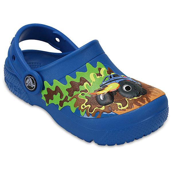 Сабо Kids Classic, CROCSПляжная обувь<br>Характеристики товара:<br><br>• цвет: синий<br>• принт: Вспыш и Чудо-машинки<br>• сезон: лето<br>• тип: пляжная обувь<br>• материал: 100% полимер Croslite™<br>• под воздействием температуры тела принимают форму стопы<br>• полностью литая модель<br>• вентиляционные отверстия<br>• бактериостатичный материал<br>• пяточный ремешок фиксирует стопу<br>• отверстия для использования украшений<br>• анатомическая стелька с массажными точками<br>• страна бренда: США<br>• страна изготовитель: Китай<br><br>Для правильного развития ребенка крайне важно, чтобы обувь была удобной.<br><br>Такие сабо обеспечивают детям необходимый комфорт, а анатомическая стелька с массажными линиями для стимуляции кровообращения позволяет ножкам дольше не уставать. <br><br>Материал, из которого они сделаны, не дает размножаться бактериям, поэтому такая обувь препятствует образованию неприятного запаха и появлению болезней стоп.<br><br>Обувь от американского бренда Crocs в данный момент завоевала широкую популярность во всем мире, и это не удивительно - ведь она невероятно удобна. <br><br>Её носят врачи, спортсмены, звёзды шоу-бизнеса, люди, которым много времени приходится бывать на ногах - они понимают, как важна комфортная обувь. <br><br>Продукция Crocs - это качественные товары, созданные с применением новейших технологий. <br><br>Обувь отличается стильным дизайном и продуманной конструкцией. Изделие производится из качественных и проверенных материалов, которые безопасны для детей.<br><br>Сабо Kids Classic от торговой марки Crocs можно купить в нашем интернет-магазине.<br><br>Ширина мм: 225<br>Глубина мм: 139<br>Высота мм: 112<br>Вес г: 290<br>Цвет: синий<br>Возраст от месяцев: 24<br>Возраст до месяцев: 36<br>Пол: Унисекс<br>Возраст: Детский<br>Размер: 26,28,34/35,33/34,31/32,25,24,23,22,21,30,29,27<br>SKU: 5416934