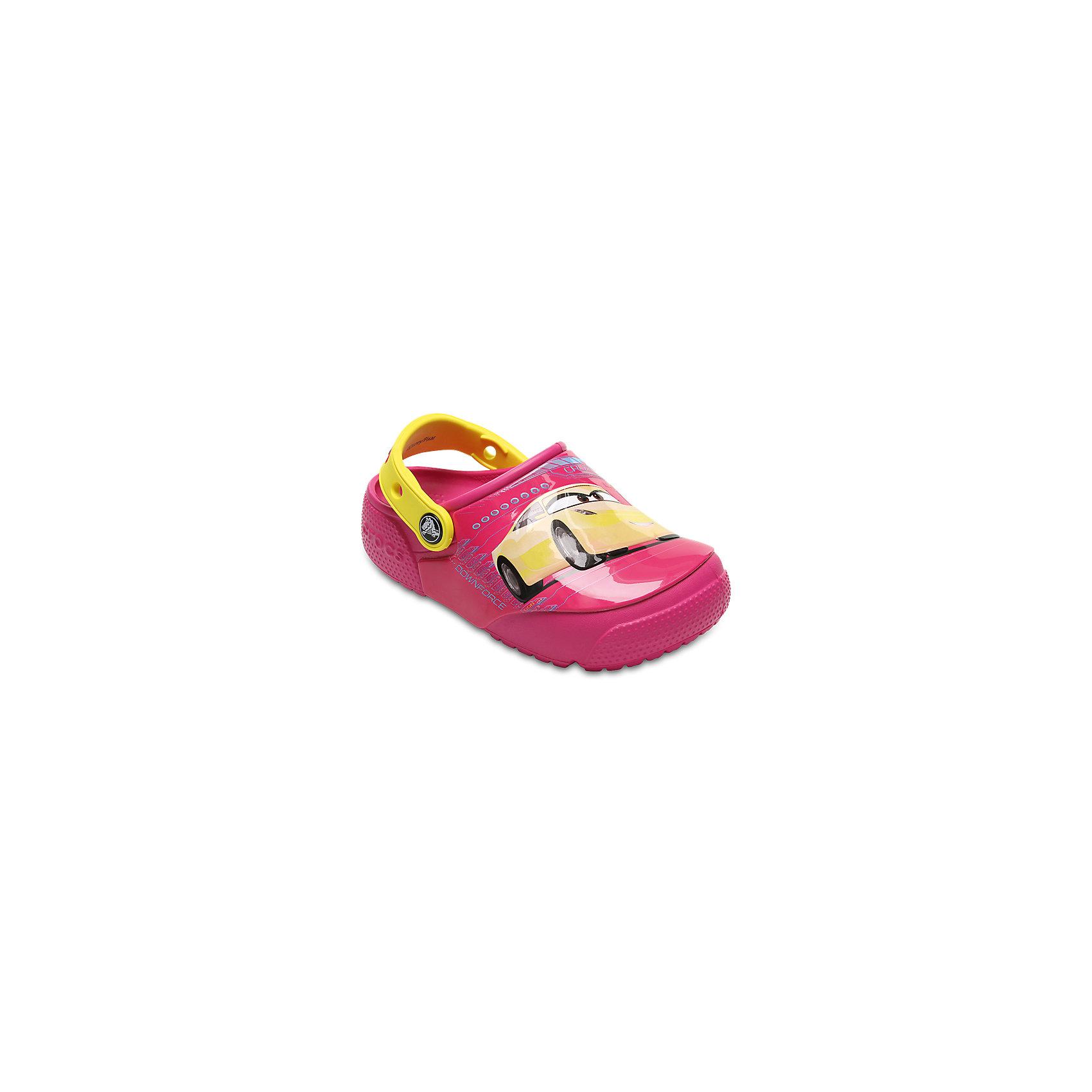 Сабо Kids Classic, CROCSПляжная обувь<br>Характеристики товара:<br><br>• цвет: розовый<br>• принт: Тачки<br>• сезон: лето<br>• тип: пляжная обувь<br>• материал: 100% полимер Croslite™<br>• под воздействием температуры тела принимают форму стопы<br>• полностью литая модель<br>• вентиляционные отверстия<br>• бактериостатичный материал<br>• пяточный ремешок фиксирует стопу<br>• отверстия для использования украшений<br>• анатомическая стелька с массажными точками<br>• страна бренда: США<br>• страна изготовитель: Китай<br><br>Для правильного развития ребенка крайне важно, чтобы обувь была удобной.<br><br>Такие сабо обеспечивают детям необходимый комфорт, а анатомическая стелька с массажными линиями для стимуляции кровообращения позволяет ножкам дольше не уставать. <br><br>Материал, из которого они сделаны, не дает размножаться бактериям, поэтому такая обувь препятствует образованию неприятного запаха и появлению болезней стоп.<br><br>Обувь от американского бренда Crocs в данный момент завоевала широкую популярность во всем мире, и это не удивительно - ведь она невероятно удобна. <br><br>Её носят врачи, спортсмены, звёзды шоу-бизнеса, люди, которым много времени приходится бывать на ногах - они понимают, как важна комфортная обувь. <br><br>Продукция Crocs - это качественные товары, созданные с применением новейших технологий. <br><br>Обувь отличается стильным дизайном и продуманной конструкцией. Изделие производится из качественных и проверенных материалов, которые безопасны для детей.<br><br>Сабо Kids Classic от торговой марки Crocs можно купить в нашем интернет-магазине.<br><br>Ширина мм: 225<br>Глубина мм: 139<br>Высота мм: 112<br>Вес г: 290<br>Цвет: розовый<br>Возраст от месяцев: 132<br>Возраст до месяцев: 144<br>Пол: Унисекс<br>Возраст: Детский<br>Размер: 34/35,27,28,29,30,21,22,23,24,25,26,31/32,33/34<br>SKU: 5416962