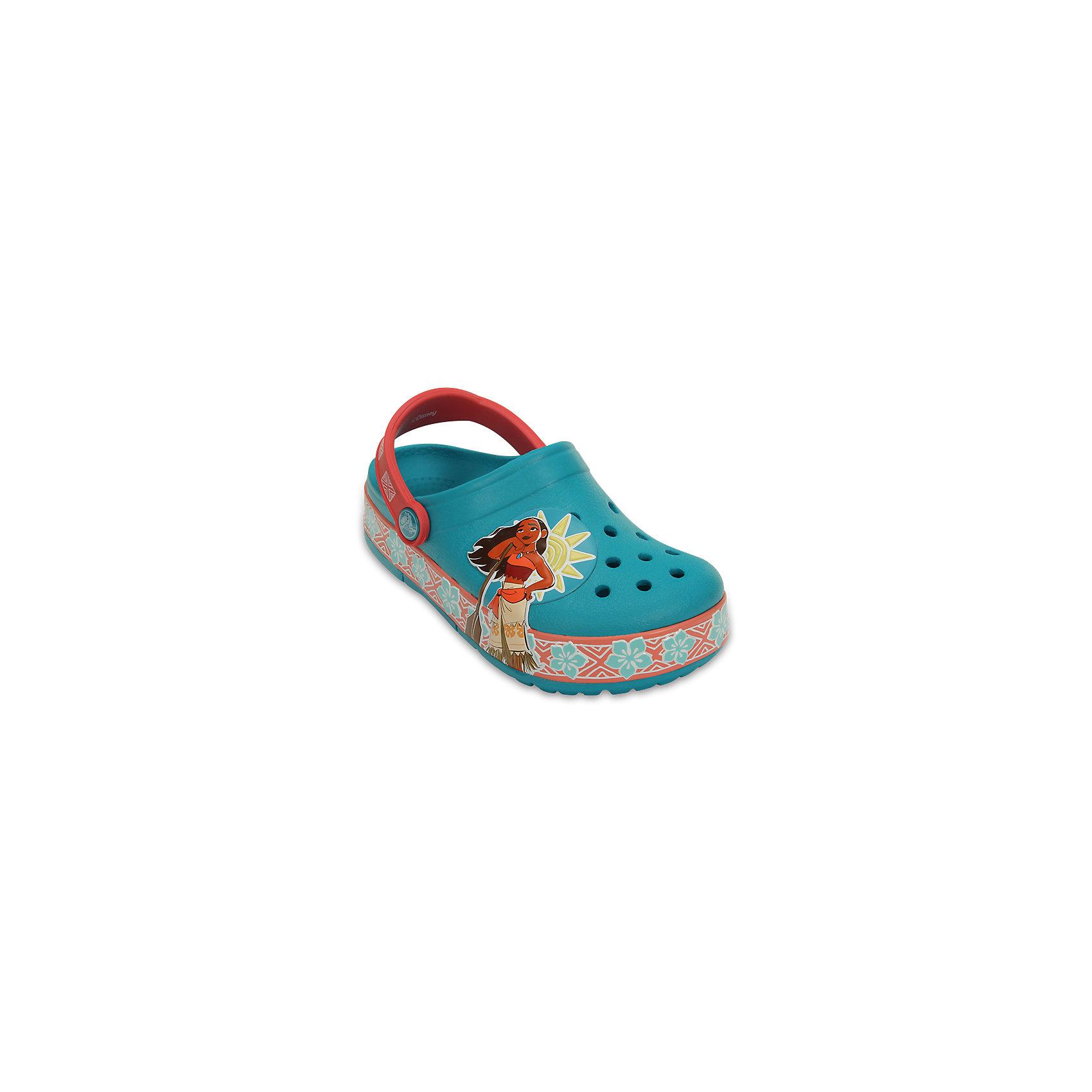 Сабо Kids Classic, CROCSПляжная обувь<br>Характеристики товара:<br><br>• цвет: голубой<br>• сезон: лето<br>• тип: пляжная обувь<br>• материал: 100% полимер Croslite™<br>• под воздействием температуры тела принимают форму стопы<br>• полностью литая модель<br>• вентиляционные отверстия<br>• бактериостатичный материал<br>• пяточный ремешок фиксирует стопу<br>• отверстия для использования украшений<br>• анатомическая стелька с массажными точками<br>• страна бренда: США<br>• страна изготовитель: Китай<br><br>Обувь от американского бренда Crocs в данный момент завоевала широкую популярность во всем мире, и это не удивительно - ведь она невероятно удобна. <br><br>Её носят врачи, спортсмены, звёзды шоу-бизнеса, люди, которым много времени приходится бывать на ногах - они понимают, как важна комфортная обувь. <br><br>Продукция Crocs - это качественные товары, созданные с применением новейших технологий. <br><br>Обувь отличается стильным дизайном и продуманной конструкцией. <br><br>Изделие производится из качественных и проверенных материалов, которые безопасны для детей.<br><br>Сабо Kids Classic от торговой марки Crocs можно купить в нашем интернет-магазине.<br><br>Ширина мм: 225<br>Глубина мм: 139<br>Высота мм: 112<br>Вес г: 290<br>Цвет: голубой<br>Возраст от месяцев: 132<br>Возраст до месяцев: 144<br>Пол: Женский<br>Возраст: Детский<br>Размер: 34/35,30,27,28,29,23,31/32,24,25,26,33/34<br>SKU: 5417032