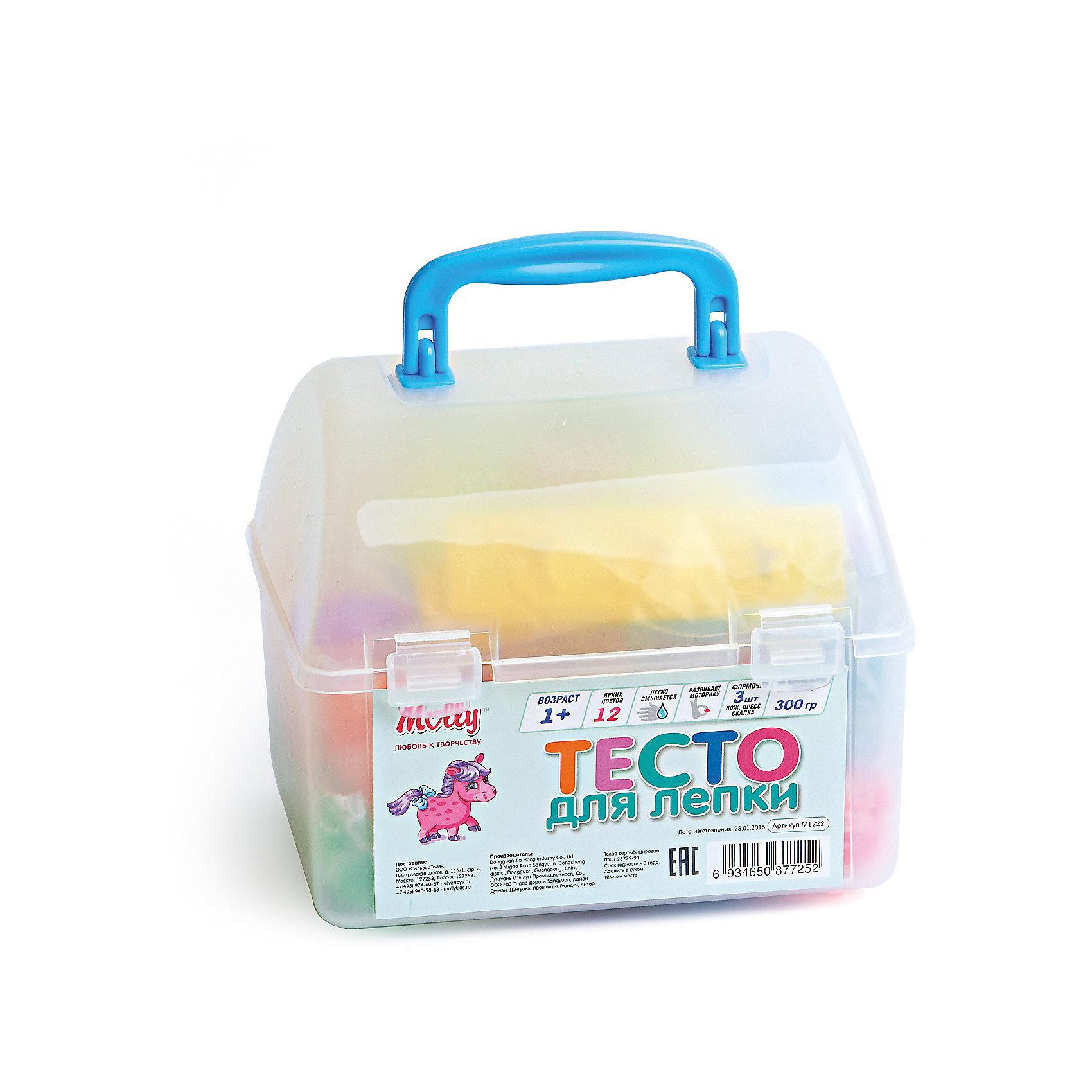 Тесто для лепки 12 цветов + 3 формочки, стек, прессЛепка<br>Тесто для лепки, 12 цветов + 3 формочки, стек, пресс.<br><br>Характеристика: <br><br>• Материал: пшеничная мука крахмал, вода, соль, пищевая добавка, пищевая краситель; пластик. <br>• Размер упаковки: 15,5х13,5х11,5 см.  <br>• Комплектация: тесто для лепки 12 цветов + 3 формочки, стек, пресс.<br>• Яркие, насыщенные цвета. <br>• 12 цветов (по 25 гр.)<br>• Легко смывается с одежды и рук. <br>• Безопасно при проглатывании. <br>• Отлично развивает моторику рук, внимание, мышление и воображение. <br>• Удобная упаковка в виде пластикового сундучка с ручкой для переноски и застежкой.<br><br>Мягкое тесто для лепки - отличный подарок для малыша. Тесто изготовлено из натуральных материалов, с использованием абсолютно безопасных для детей красителей, легко смывается с одежды и рук. Лепка - прекрасный вид детского досуга, помогающий развить мелкую моторику, цветовосприятие, воображение и мышление.<br><br>Тесто для лепки, 12 цветов + 3 формочки, стек, пресс, можно купить в нашем интернет-магазине.<br><br>Ширина мм: 160<br>Глубина мм: 130<br>Высота мм: 130<br>Вес г: 300<br>Возраст от месяцев: 12<br>Возраст до месяцев: 36<br>Пол: Унисекс<br>Возраст: Детский<br>SKU: 5417574