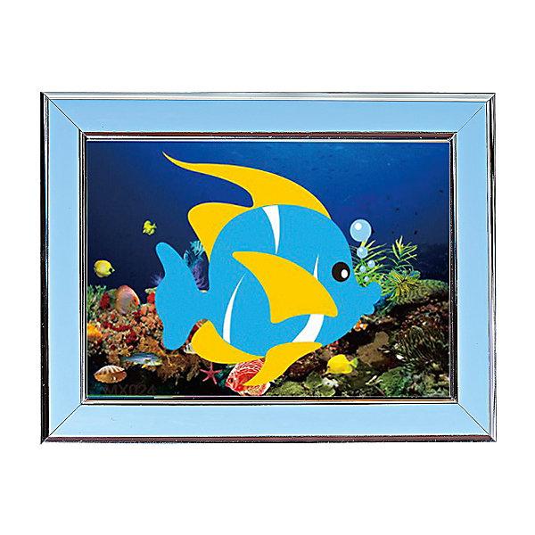 Мозаичная картина Подводный мирМозаика детская<br>Мозаичная картина Подводный мир.<br><br>Характеристика: <br><br>• Материал: картон, пластик, клей. <br>• Размер картинки: 17х21 см. <br>• Размер мозаичного элемента: 2,5 мм. <br>• Комплектация: контейнер для элементов мозаики, мозаичные элементы, специальный клеевой карандаш, трафарет со схемой рисунка, декоративная пластиковая рамка с оргстеклом. <br>• Яркие, насыщенные цвета. <br>• Отлично развивает моторику рук, внимание, мышление и воображение. <br><br>Создание картины из мозаики - увлекательное и полезное занятие, в процессе которого ребенок сможет развить моторику рук, внимание, усидчивость, цветовосприятие и воображение. В этом наборе уже есть все для создания маленького шедевра! Нужно лишь приклеить мозаичные элементы на основу с нанесенным контуром - и яркая картинка готова.<br><br>Мозаичную картину Подводный мир можно купить в нашем магазине.<br><br>Ширина мм: 200<br>Глубина мм: 225<br>Высота мм: 30<br>Вес г: 250<br>Возраст от месяцев: 84<br>Возраст до месяцев: 144<br>Пол: Унисекс<br>Возраст: Детский<br>SKU: 5417612