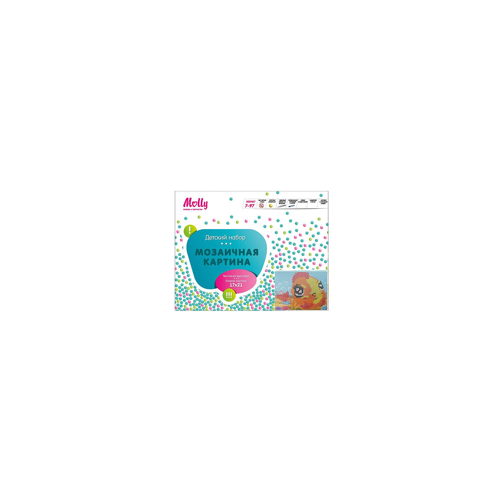 Мозаичная картина РыбкаМозаика детская<br>Мозаичная картина Рыбка. <br><br>Характеристика: <br><br>• Материал: картон, пластик, клей. <br>• Размер картинки: 17х21 см. <br>• Размер мозаичного элемента: 2,5 мм. <br>• Комплектация: контейнер для элементов мозаики, мозаичные элементы, специальный клеевой карандаш, трафарет со схемой рисунка, декоративная пластиковая рамка с оргстеклом. <br>• Яркие, насыщенные цвета. <br>• Отлично развивает моторику рук, внимание, мышление и воображение. <br><br>Создание картины из мозаики - увлекательное и полезное занятие, в процессе которого ребенок сможет развить моторику рук, внимание, усидчивость, цветовосприятие и воображение. В этом наборе уже есть все для создания маленького шедевра! Нужно лишь приклеить мозаичные элементы на основу с нанесенным контуром - и яркая картинка готова.<br><br>Мозаичную картину Рыбка можно купить в нашем магазине.<br><br>Ширина мм: 200<br>Глубина мм: 225<br>Высота мм: 30<br>Вес г: 250<br>Возраст от месяцев: 84<br>Возраст до месяцев: 36<br>Пол: Унисекс<br>Возраст: Детский<br>SKU: 5417618