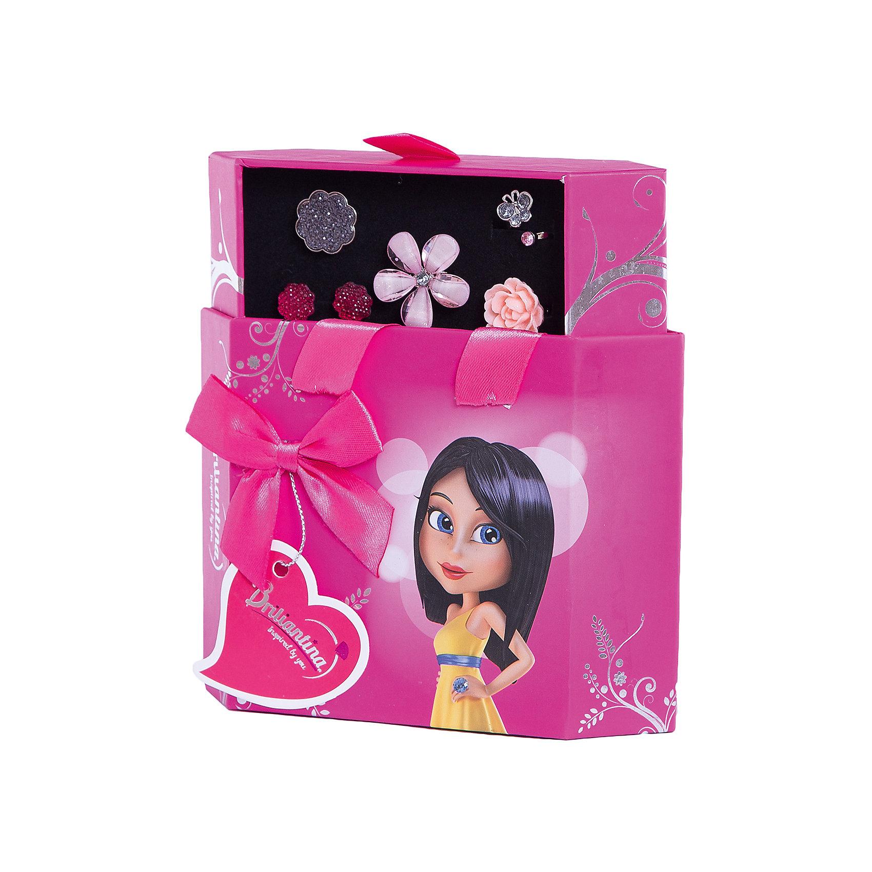 Шкатулка (цвет: розовый), BriliantinaРукоделие<br>Характеристики:<br><br>• Вид игрушек: детская бижутерия<br>• Пол: для девочки<br>• Серия: Hex Box<br>• Материал: металл, пластик<br>• Цвет: серебристый, розовый, красный<br>• Размер кольца: универсальный<br>• Комплектация: 2 кольца серии Uno, 2 кольца серии Excelent, серьги, футляр<br>• Размер упаковки(Д*Ш*В): 15,5*5,5*17 см<br>• Вес: 160 г<br>• Упаковка: футляр <br>• Допускается сухая и влажная чистка<br><br>Шкатулка (цвет: розовый), Briliantina из коллекции детской бижутерии, которая создается в рамках творческого проекта совместно с детьми. Торговый бренд принадлежит чешскому производителю Briliantina. Корпус украшений изготавливается из сплава хрома и никеля, который не вызывает аллергии, не окисляется, обладает легким весом, при этом достаточно прочный. В качестве декоративных элементов используются стразы, кристаллы, которые надежно закреплены в изделии. Диаметр колец от Briliantina регулируется. <br><br>Набор состоит из 4 колец и пары сережек, которые сочетаются между собой. Комплект упакован в футляр, в нем предусмотрены дополнительные отделения для других украшений. Использование детской бижутерии научит правильно подбирать украшения в зависимости от выбранного образа, сочетать их между собой, что будет способствовать формированию индивидуального стиля вашей девочки.<br><br>Шкатулка (цвет: розовый), Briliantina станет идеальным подарком для девочки к любому празднику.<br><br>Шкатулка (цвет: розовый), Briliantina можно купить в нашем интернет-магазине.<br><br>Ширина мм: 155<br>Глубина мм: 55<br>Высота мм: 170<br>Вес г: 160<br>Возраст от месяцев: 36<br>Возраст до месяцев: 84<br>Пол: Женский<br>Возраст: Детский<br>SKU: 5418929