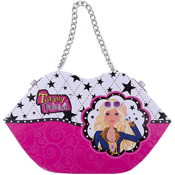 Игровой косметический набор Стильная сумочка, Totally FashionНаборы детской косметики<br>Характеристики:<br><br>• Вид игрушек: детская косметика<br>• Пол: для девочки<br>• Материал: пластик, натуральные компоненты и красители<br>• Цвет: оттенки розового, голубой, бежевый и др.<br>• Комплектация: <br> блеск для губ – 6 тонов <br> румяна – 4 тона <br> тени для век – 4 тона <br> помада для губ – 2 тона <br> лак для ногтей – 2 тона <br> аппликатор – 1 шт. <br> пилочка для ногтей – 2 шт. <br> кисточка – 1 шт.<br>• Размер упаковки (Д*Ш*В): 20*6,7*21,5 см<br>• Вес: 525 г<br>• Упаковка: сумочка с ручкой<br>• Допускается сухая и влажная чистка футляра снаружи<br><br>Игровой косметический набор Стильная сумочка, Totally Fashion – это набор от мирового лидера в производстве натуральной и безопасной косметики как для взрослых, так и для детей. Линейка наборов Totally Fashion представляет собой яркие, безопасные и оригинальные косметические наборы для девочек. Используемые в производстве ингредиенты и материалы имеют международные сертификаты безопасности.<br><br>Декоративные тени, румяна, блеск и лак для ногтей легко смываются теплой водой, не оставляют пятен на одежде и не вызывают раздражение. В палитре оттенков имеются самые модные и стильные оттенки. В наборе предусмотрены инструменты и аксессуары, которые позволят аккуратно нанести макияж и сделать маникюр. Косметический набор выполнен в оригинальном виде: сумочка в форме губ, выполненной в брендовом дизайне, на внутренней стороне крышки которой предусмотрено зеркальце. <br><br>Игровой косметический набор Стильная сумочка, Totally Fashion станет идеальным подарком для девочки к любому празднику.<br><br>Игровой косметический набор Стильная сумочка, Totally Fashion можно купить в нашем интернет-магазине.<br>Ширина мм: 220; Глубина мм: 54; Высота мм: 134; Вес г: 360; Возраст от месяцев: 60; Возраст до месяцев: 120; Пол: Женский; Возраст: Детский; SKU: 5418942;