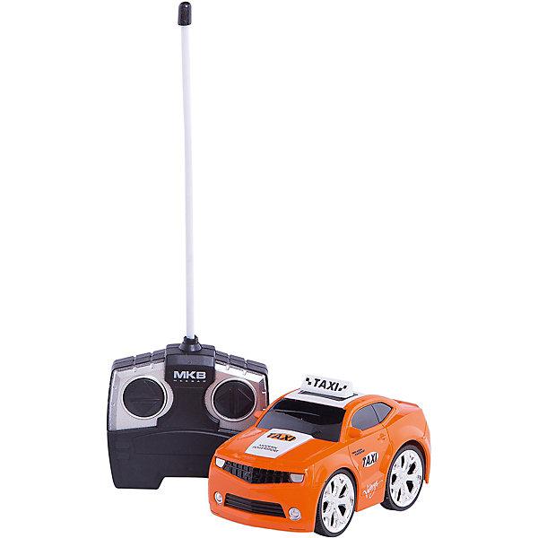 Машинка на радиоуправлении Taxi Car, оранжевая, Blue SeaРадиоуправляемые машины<br>Машинка на радиоуправлении Taxi Car, красная, Blue Sea(Блу Сии).<br><br>Характеристики:<br><br>- Цвет: красный.<br>- Состав: пластик, металл.<br>- Радиоуправляемая игрушка.<br>- В комплекте: машинка, пульт управления.<br><br>Внимание: элементы питания в комплект не входят!<br><br>Машинка на радиоуправлении Taxi Car, красная – это один из представителей яркой серии машинок Mini Car от бренда Blue Sea (Блу Сии). Она проста в управлении, двигается вперед, назад, влево и вправо. Для того, чтобы начать играть, достаточно просто докупить элементы питания для машинки и пульта управления. Вашему малышу обязательно понравятся простота управления и необычный дизайн в виде машинки - такси.<br><br>Машинку на радиоуправлении Taxi Car, красная, Blue Sea (Блу Сии), можно купить в нашем интернет – магазине.<br>Ширина мм: 210; Глубина мм: 110; Высота мм: 110; Вес г: 300; Возраст от месяцев: 36; Возраст до месяцев: 2147483647; Пол: Мужской; Возраст: Детский; SKU: 5419376;