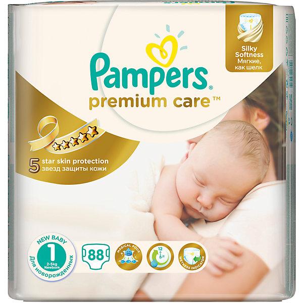 Подгузники Pampers Premium Care Newborn, 2-5 кг., 88 шт.Подгузники классические<br>Подгузники Pampers Premium Care Newborn (Памперс премиум кеа), 2-5 кг., 88 шт.<br><br>Характеристики:<br><br>• мягкие как шелк<br>• впитывающие каналы равномерно распределяют влагу<br>• удерживают влагу до 12 часов<br>• дышащие материалы обеспечивают правильную циркуляцию воздуха<br>• индикатор влаги подскажет, что нужно сменить подгузник<br>• эластичные боковинки защищают от протеканий<br>• вырез для пупка<br>• состав бальзама: вазелин, стеариловый спирт, экстракт алоэ, жидкий вазелин/вазелиновое масло<br>• размер: 2-5 кг<br>• количество: 88 шт.<br>• размер упаковки: 39,1х11,5х24,4 см<br>• вес: 1635 грамм<br><br>Новорожденный малыш еще совсем не ориентируется в новом для него мире. Позаботьтесь о комфорте крохи с подгузниками Pampers Premium Care Newborn. Они мягкие, словно шелк и не вызывают раздражения на нежной коже. Впитывающие каналы быстро абсорбируют влагу, распределяют её по всему подгузнику и удерживают до 12 часов без образования комков. Дышащие материалы помогут обеспечить правильную циркуляцию воздуха, чтобы кожа малыша всегда могла дышать. <br><br>Индикатор влаги напомнит вам о необходимости смены подгузника. Подгузники имеют эластичные боковинки, которые очень удобны для ребенка и дополнительно защищают от протеканий. Специальный вырез для пупка защитит пупочную ранку от травмирования, препятствующего нормальному заживлению.<br><br>Подгузники Pampers Premium Care Newborn (Памперс премиум кеа), 2-5 кг., 88 шт. можно купить в нашем интернет-магазине.<br>Ширина мм: 244; Глубина мм: 115; Высота мм: 391; Вес г: 1636; Возраст от месяцев: 0; Возраст до месяцев: 6; Пол: Унисекс; Возраст: Детский; SKU: 5422935;