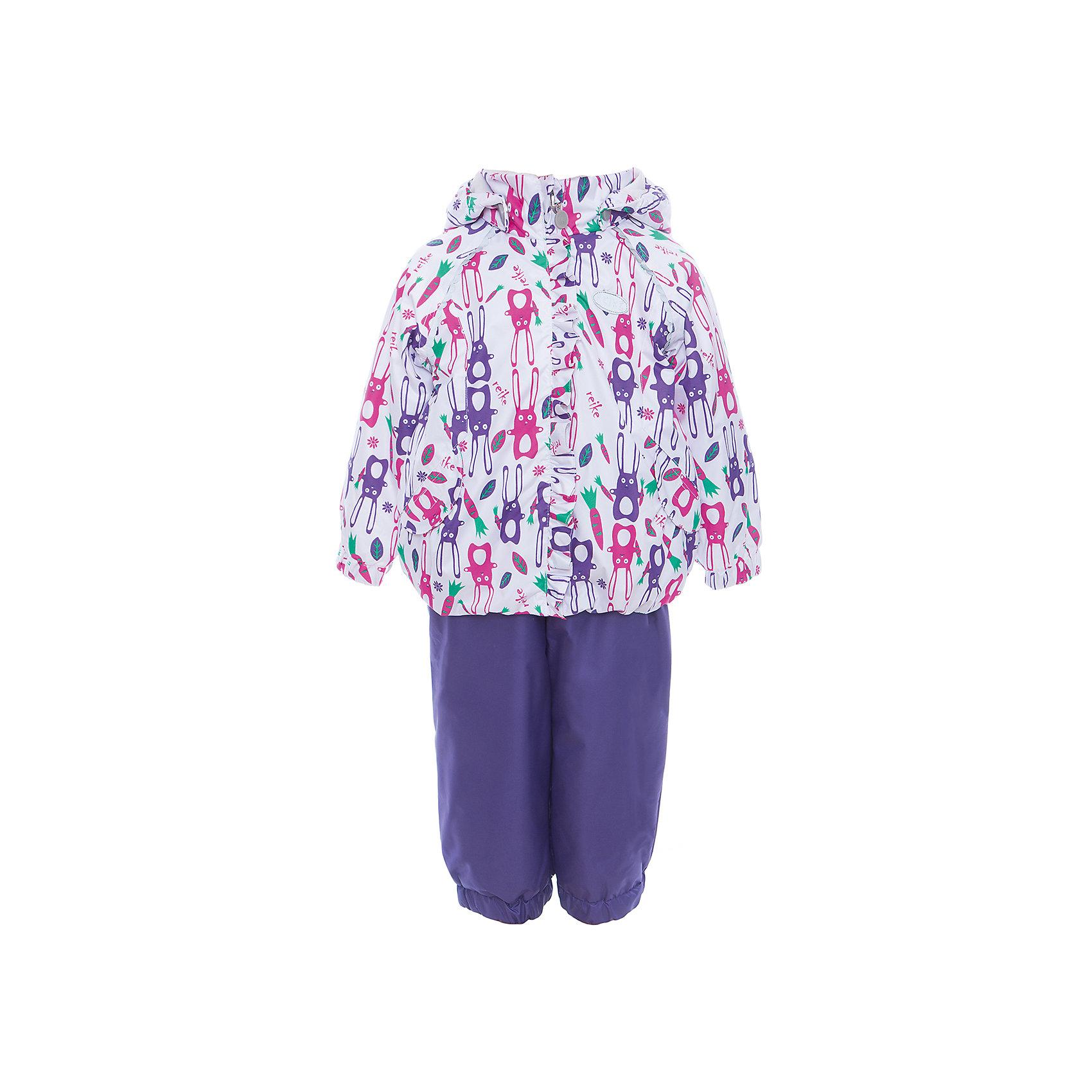 Комплект Reike для девочкиКомплект Reike для девочки<br>Комплект Reike Hares white выполнен из ветрозащитной, водонепроницаемой и дышащей мембранной ткани, декорированной принтом с забавными зайчиками, подкладка - 100% хлопок с велюровыми вставками на воротнике и манжетах. Куртка дополнена съемным капюшоном, двумя карманами на липучках, а также многочисленными светоотражающими элементами. Ветрозащитная планка в виде рюши со светоотражающей полоской вдоль молнии не допускает проникновения холодного воздуха. Эластичная талия полукомбинезона и регулируемые подтяжки гарантируют посадку по фигуре, длинная молния впереди облегчает процесс одевания. Полукомбинезон оснащен боковым карманом на молнии и съемными штрипками. Утеплитель в куртке 60 г, полукомбинезон без утепления. Базовый уровень. Коэффициент воздухопроницаемости комплекта 2000гр/м2/24 ч. Водоотталкивающее покрытие: 2000 мм. Состав: 100% полиэстер, подкладка: 100% хлопок.<br>Состав:<br>100% ПЭ  утеплитель: 100% ПЭ  подкладка: 100% хлопок<br><br>Ширина мм: 215<br>Глубина мм: 88<br>Высота мм: 191<br>Вес г: 336<br>Цвет: белый<br>Возраст от месяцев: 24<br>Возраст до месяцев: 36<br>Пол: Женский<br>Возраст: Детский<br>Размер: 98,80,86,92<br>SKU: 5429949