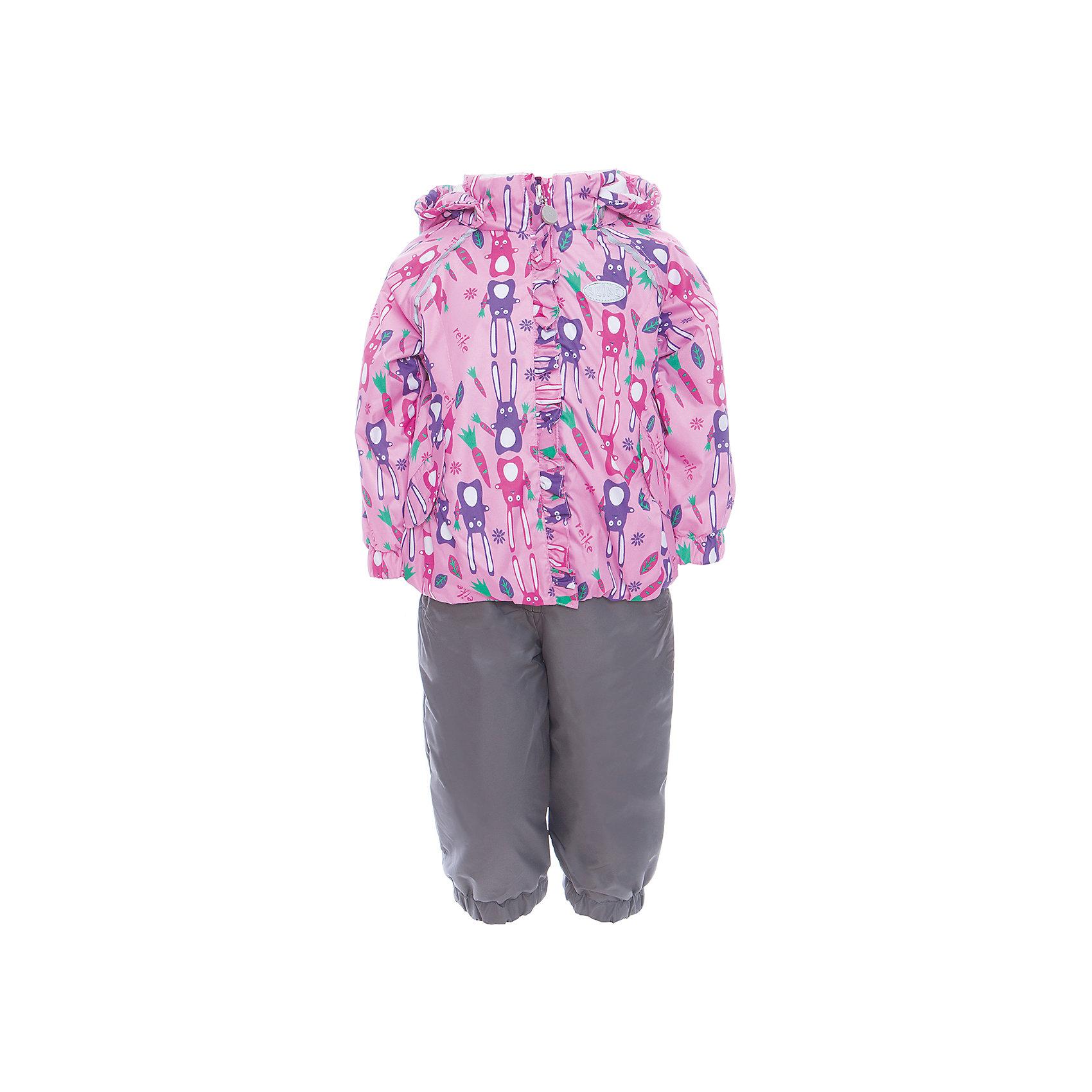 Комплект Reike для девочкиКомплект Reike для девочки<br>Комплект Reike Hares pink выполнен из ветрозащитной, водонепроницаемой и дышащей мембранной ткани, декорированной принтом с забавными зайчиками, подкладка - 100% хлопок с велюровыми вставками на воротнике и манжетах. Куртка дополнена съемным капюшоном, двумя карманами на липучках, а также многочисленными светоотражающими элементами. Ветрозащитная планка в виде рюши со светоотражающей полоской вдоль молнии не допускает проникновения холодного воздуха. Эластичная талия полукомбинезона и регулируемые подтяжки гарантируют посадку по фигуре, длинная молния впереди облегчает процесс одевания. Полукомбинезон оснащен боковым карманом на молнии и съемными штрипками. Утеплитель в куртке 60 г, полукомбинезон без утепления. Базовый уровень. Коэффициент воздухопроницаемости комплекта 2000гр/м2/24 ч. Водоотталкивающее покрытие: 2000 мм. Состав: 100% полиэстер, подкладка: 100% хлопок.<br>Состав:<br>100% ПЭ  утеплитель: 100% ПЭ  подкладка: 100% хлопок<br><br>Ширина мм: 215<br>Глубина мм: 88<br>Высота мм: 191<br>Вес г: 336<br>Цвет: розовый<br>Возраст от месяцев: 24<br>Возраст до месяцев: 36<br>Пол: Женский<br>Возраст: Детский<br>Размер: 98,80,86,92<br>SKU: 5429954