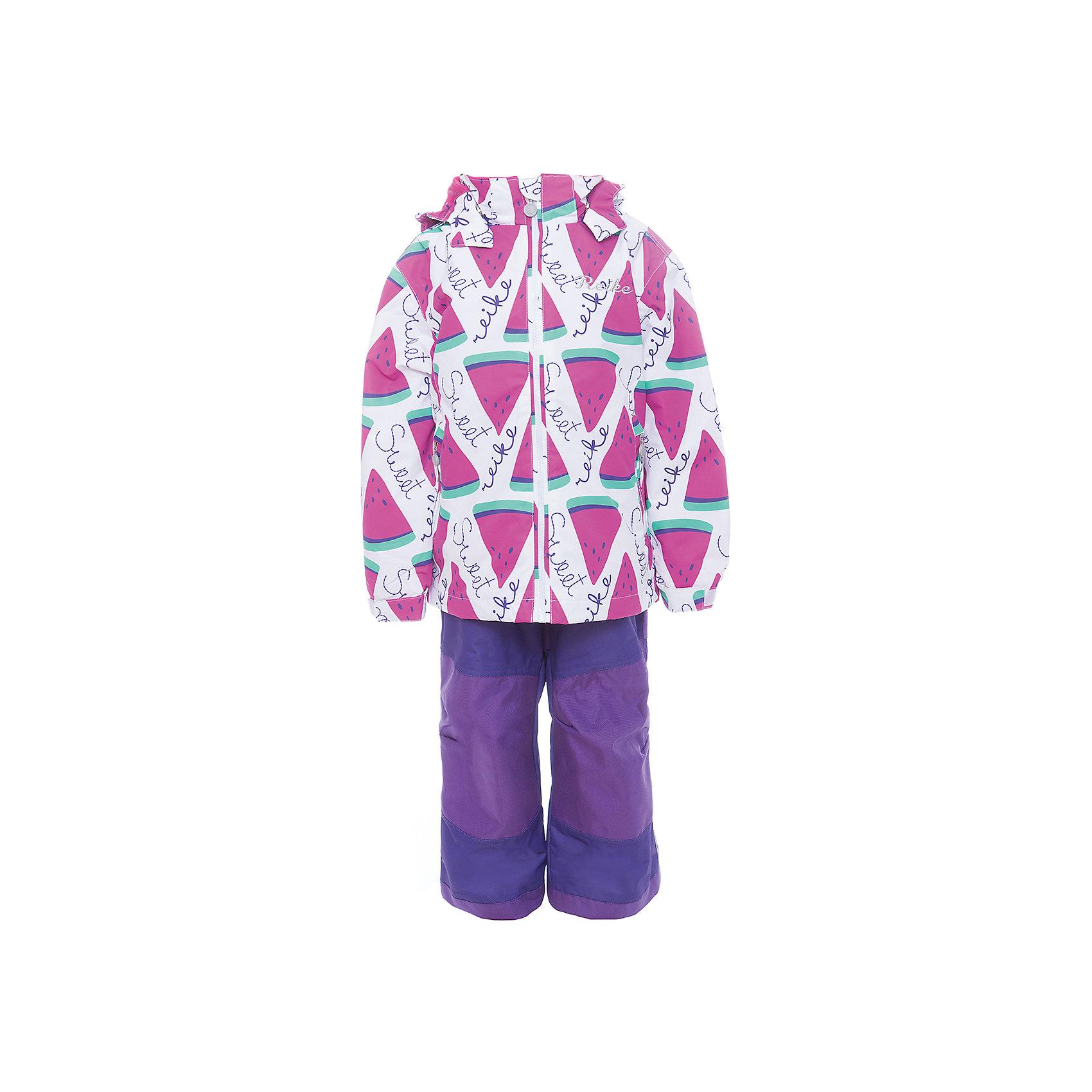 Комплект Reike для девочкиОдежда<br>Характеристики товара:<br><br>• цвет: белый/фиолетовый/розовый<br>• состав: 100% полиэстер<br>• подкладка - 100% полиэстер (микрофлис)<br>• без утеплителя<br>• температурный режим: от +5° С до +15° С<br>• из ветрозащитного, водонепроницаемого материала<br>• мембранная технология позволяет телу дышать<br>• воздухопроницаемость: 3000гр/м2/24 ч<br>• водоотталкивающее покрытие: 5000 мм<br>• износостойкость: 50 000 (тест Мартиндейла)<br>• внутренняя ветрозащитная планка со светоотражающей полоской вдоль молнии не допускает проникновения холодного воздуха<br>• все швы проклеены<br>• съёмный регулируемый капюшон с полоской светоотражателя<br>• куртка с двумя карманами на молнии<br>• утяжка по низу куртки<br>• завышенная талия брюк и регулируемые подтяжки гарантируют посадку по фигуре<br>• колени, задняя поверхность бедер и низ брюк дополнительно упрочнены сверхпрочным материалом<br>• полукомбинезон оснащен светоотражателями, двумя боковыми карманами на молнии и регулятором длины<br>• манжеты рукавов на резинке дополнительно регулируются липучками<br>• страна бренда: Финляндия<br><br>Демисезонная одежда может быть очень красивой и удобной! Новая коллекция от известного финского производителя Reike отличается ярким дизайном, продуманностью и комфортом! Эта модель разработана специально для детей - она учитывает особенности их физиологии, а также новые тенденции в европейской моде. Стильная и удобная вещь!<br><br>Комплект для девочки от популярного бренда Reike можно купить в нашем интернет-магазине.<br><br>Ширина мм: 215<br>Глубина мм: 88<br>Высота мм: 191<br>Вес г: 336<br>Цвет: белый<br>Возраст от месяцев: 84<br>Возраст до месяцев: 96<br>Пол: Женский<br>Возраст: Детский<br>Размер: 128,104,110,116,122<br>SKU: 5429981