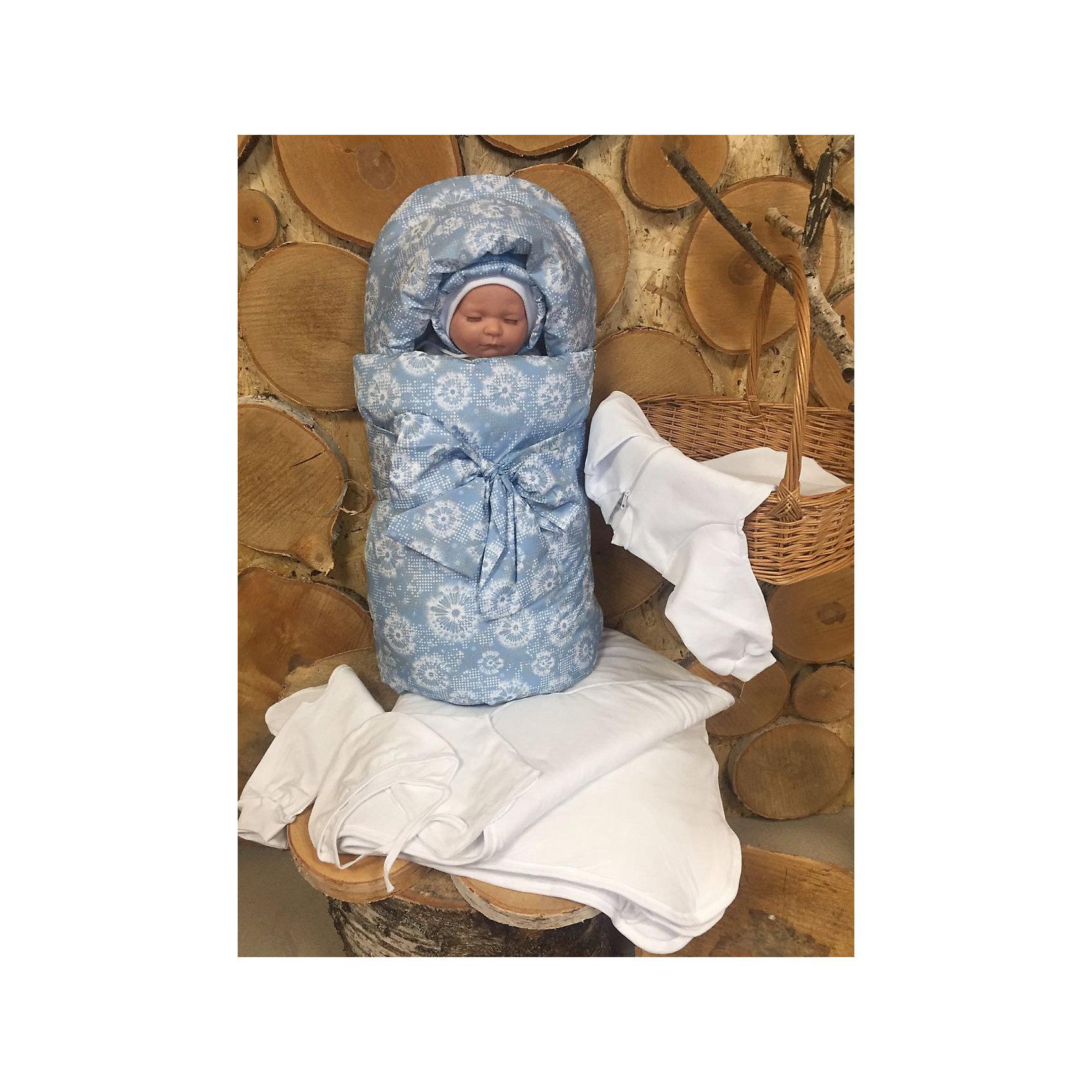 Комплект на выписку 7 пред., GulSara, 119 весна-осеньголубые одуванчикиНаборы одежды, конверты на выписку<br>Характеристики:<br><br>• Вид детского текстиля: комплект на выписку<br>• Предназначение: на выписку, для прогулки<br>• Сезон: весна, осень<br>• Утеплитель: средняя степень утепления<br>• Температурный режим: от -10? С до +20? С <br>• Пол: для мальчика<br>• Тематика рисунка: цветочный принт<br>• Материал: плащевка, кулирка, интерлок<br>• Цвет: голубой, молочный<br>• Комплектация:<br> конверт на синтепоне – 1 шт. р-р 75*40 см<br> одеяло на синтепоне – 1 шт. р-р 100*100 см<br> шапочка на синтепоне – 1 шт. р-р 56-36<br> спальный мешок – 1 шт. р-р 56-36<br> ползунки – 1 шт. р-р 56-36<br> распашонка – 1 шт. р-р 56-36<br> чепчик – 1 шт. р-р 56-36<br>• Особенности ухода: машинная стирка при температуре 30 градусов без использования отбеливающих и красящих веществ<br><br>Комплект на выписку 7 пред., GulSara, 119 весна-осень голубые одуванчики от отечественного швейного производства, который выпускает современный текстиль и товары для новорожденных, изготовленных на основе вековых традиций. В своем производстве GulSara использует только экологичные и натуральные материалы, что обеспечивает их безопасность даже для малышей с чувствительной кожей. <br><br>Набор предназначен для выписки в демисезонный период и состоит из конверта, одеяла и чепчика, выполненных из плащевки с цветочным принтом (одуванчики). Конверт выполнен в форме кокона. Среднюю степень утепления конверту и одеялу обеспечивает синтепон, который имеет легкий вес и является гипоаллергенным материалом. Для промежуточного слоя одежды предусмотрен спальный мешок на молнии, выполненный из интерлока. Комплект нижней одежды состоит из ползунков, распашонки и чепчика. <br><br>Комплект на выписку 7 пред., GulSara, 119 весна-осень голубые одуванчики создаст изысканный и неповторимый образ вашего малыша!<br><br>Комплект на выписку 7 пред., GulSara, 119 весна-осень голубые одуванчики можно купить в нашем интернет-мага