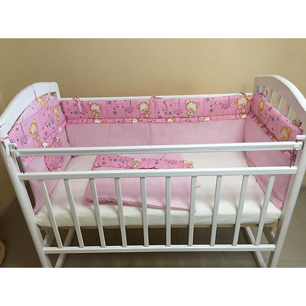 Борт в кроватку, GulSara, 18.12 розовыйПостельное белье в кроватку новорождённого<br>Характеристики:<br><br>• Вид детского текстиля: бортики для детской кроватки<br>• Пол: для девочки<br>• Тематика рисунка: веточки<br>• Сезон: круглый год<br>• Материал: бязь (хлопок 100%)<br>• Наполнитель: синтепон (полиэстер 100%)<br>• Цвет: розовый, белый<br>• Размеры (Д*В): 360*44 см (55 см – высота боковин)<br>• Комплектация: 4 части <br>• Способ крепления к кроватке: завязки <br>• Декоративные элементы: рюши, кармашек<br>• Упаковка: полиэтилен <br>• Вес в упаковке: 980 г<br>• Особенности ухода: ручная или машинная стирка на деликатном режиме при температуре не более 30 градусов без применения красящих и отбеливающих веществ<br><br>Борт в кроватку, GulSara, 18.12 розовый от отечественного швейного производства, который выпускает современный текстиль и товары для новорожденных, изготовленных на основе вековых традиций. В своем производстве GulSara использует только экологичные и натуральные материалы, что обеспечивает их безопасность даже для малышей с чувствительной кожей. Бортики предназначены для детских кроваток стандартного размера, спальное место которых составляет не менее 120*60 см. <br><br>Изделие выполнено из четырех частей, каждая из которых крепится к кроватке при помощи завязок. Бортики изготовлены из бязи высокого качества, в качестве наполнителя использован синтепон. Такое сочетание обеспечивает не только легкость и воздухопроницаемость, но и обладает достаточно хорошими износоустойчивыми характеристиками. Бортики выполнены в оригинальном дизайне: сочетание однотонной бязи с принтованной тканью. Оформлены рюшей, на одной из частей предусмотрен кармашек для любимой игрушки или мелочей.<br><br>Борт в кроватку, GulSara, 18.12 розовый – эти бортики не только обеспечат безопасность вашего малыша, но и создадут оригинальный и изысканный стиль детской кроватки! <br><br>Борт в кроватку, GulSara, 18.12 розовый можно купить в нашем интернет-магазине.<br><br>Ширина мм: 620<br