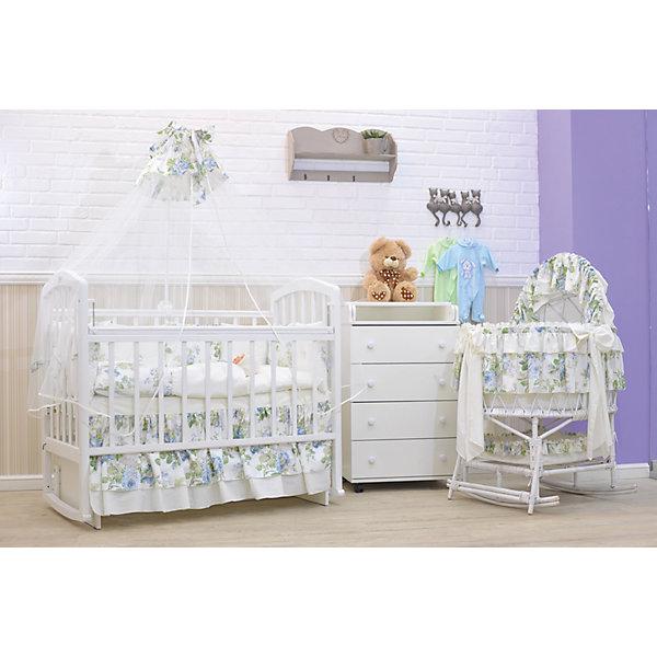 Комплект в кроватку 8 предметов, GulSara, белый с цветочным принтомПостельное белье в кроватку новорождённого<br>Изящный комплект детского белья в кроватку. <br><br>• Материал: сатин (хлопок 100%), фатин (полиэстер 100%)<br>• Наполнитель: синтепон (полиэстер 100%)<br>• Цвет: белый, оттенки голубого, зеленый<br><br>В комплект входит: <br> одеяло – 1 шт. 110*140 см <br> пододеяльник – 1 шт. 110*140 см <br> простынь – 1 шт. 100*140 см<br> наволочка – 1 шт. 40*60 см<br> подушка – 1 шт. 40*60 см<br> бортики-подушки – 12 частей (Д*В): 360*40 см <br> балдахин – 1 шт. 400*155 см<br> подзор – 1 шт. 1,20*40 см<br><br>• Способ крепления к кроватке бортиков: завязки <br>• Декоративные элементы: рюши, жемчужины<br>• Упаковка: полиэтилен <br>• Вес в упаковке: 2 кг 560 г<br>• Особенности ухода: ручная или машинная стирка на деликатном режиме при температуре не более 30 градусов без применения красящих и отбеливающих веществ<br><br> Комплект из 8-ми предметов предназначен для детской кроватки стандартного размера и включает в себя: одеяло, подушку, наволочку, простынь, пододеяльник, бортики, балдахин и подзор. <br><br>Все изделия выполнены из сатина с высокими гигиеническими характеристиками. При частых стирках ткань сохраняет свои свойства: не изменяет формы и плотности полотна, не выцветает и не образует катышки. Бортики выполнены из 12-ти частей, каждая из которых крепится к кроватке при помощи завязок. Комплект выполнен в едином стиле: из сочетания однотонного сатина с принтованной тканью, декорирован стразами круглой формы.<br><br>Комплект в кроватку 8 пред., GulSara, 36 можно купить в нашем интернет-магазине.<br><br>Ширина мм: 620<br>Глубина мм: 300<br>Высота мм: 510<br>Вес г: 3500<br>Возраст от месяцев: 0<br>Возраст до месяцев: 36<br>Пол: Женский<br>Возраст: Детский<br>SKU: 5433481