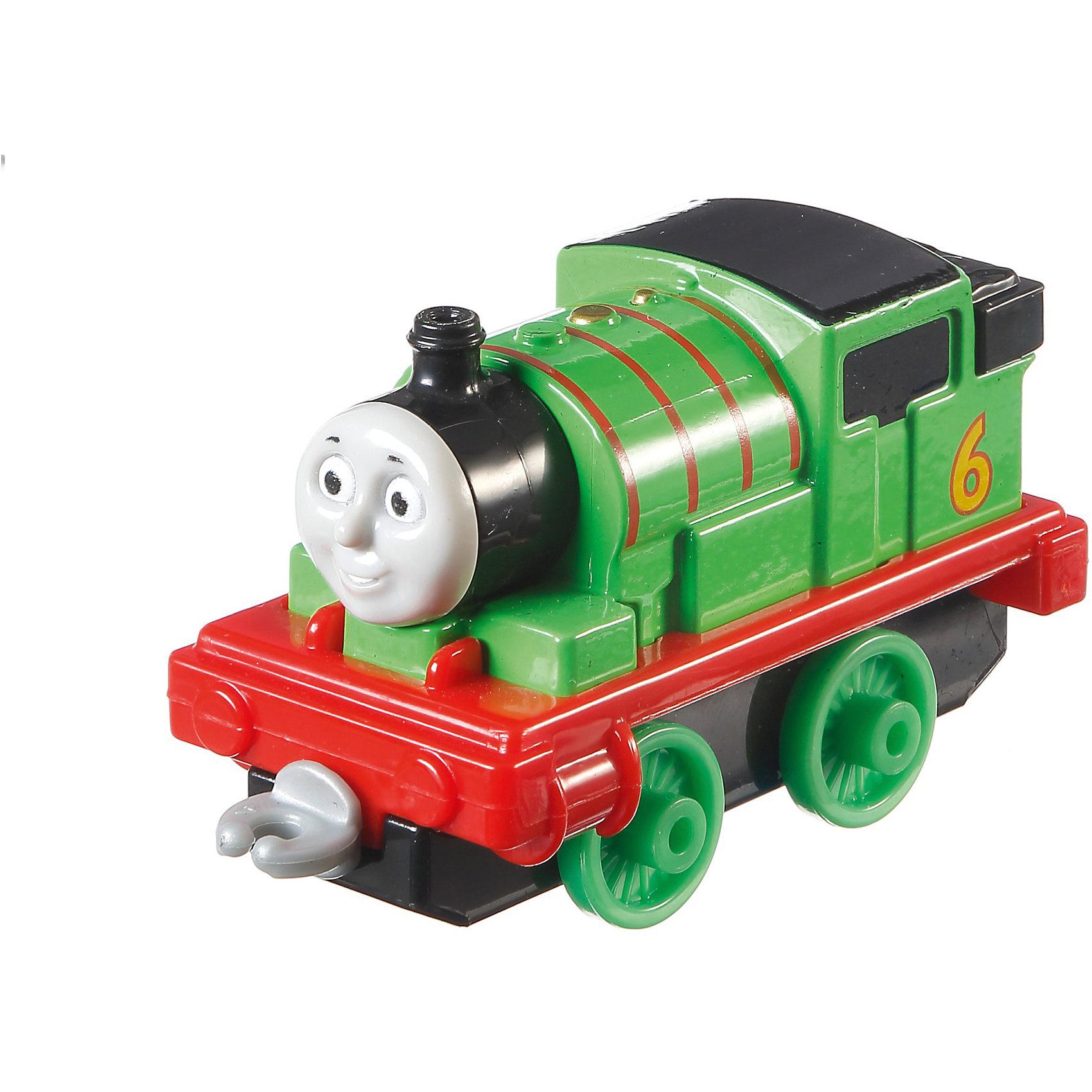 Маленький паровозик, Томас и его друзьяПопулярные игрушки<br>Маленький паровозик, Томас и его друзья.<br><br>Характеристики:<br><br>• Материал: пластик, металл<br>• Размер упаковки: 13х11,5х3 см.<br>• Вес: 280 гр.<br><br>Маленький паровозик Перси создан по мотивам мультфильма Томас и его друзья, невероятно популярного среди миллионов детей во всем мире. Паровозик отличается высокой степенью детализации и соответствия своему экранному прототипу. Надежные пластиковые соединения позволяют присоединять к паровозику вагончики, тендеры и другие паровозики из серии «Томас и друзья». <br><br>Игрушка станет отличным подарком для поклонников мультсериала «Томас и друзья», а также для любителей железных дорог! Паровозик изготовлен из высококачественных материалов, используемые красители не содержат токсичных компонентов и полностью безопасны для здоровья ребенка.<br><br>Маленький паровозик, Томас и его друзья можно купить в нашем интернет-магазине.<br><br>Ширина мм: 130<br>Глубина мм: 35<br>Высота мм: 115<br>Вес г: 64<br>Возраст от месяцев: 36<br>Возраст до месяцев: 120<br>Пол: Мужской<br>Возраст: Детский<br>SKU: 5440317