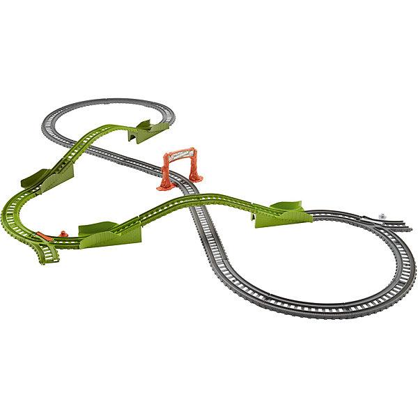Игровой набор Гонка по болоту, Томас и его друзьяПопулярные игрушки<br>Игровой набор Гонка по болоту, Томас и его друзья.<br><br>Характеристики:<br><br>• В наборе: детали для сборки железной дороги, детали для сборки мостов, знак «Fenlands Swamp»<br>• Количество деталей: 25<br>• Материал: пластик<br>• Длина железнодорожного полотна: 121 см.<br>• Размер упаковки: 25х13х25 см.<br>• Вес: 820 гр.<br><br>С игровым набором Гонка по болоту ты можешь отправиться в Фендлендс - болотистую часть острова Содор. Построй двухуровневую железную дорогу с мостами, и отправляй паровозик (приобретается отдельно) в увлекательное путешествие. Паровозик может проехать как по мостам, так и под ними. <br><br>Реалистичности игре придают элементы конструктора зеленых цветов и знак «Fenlands Swamp». Все элементы набора выполнены из высококачественного пластика и покрыты нетоксичными красками. Набор совместим с другими наборами Track Master.<br><br>Игровой набор Гонка по болоту, Томас и его друзья можно купить в нашем интернет-магазине.<br><br>Ширина мм: 240<br>Глубина мм: 115<br>Высота мм: 240<br>Вес г: 914<br>Возраст от месяцев: 36<br>Возраст до месяцев: 120<br>Пол: Мужской<br>Возраст: Детский<br>SKU: 5440321
