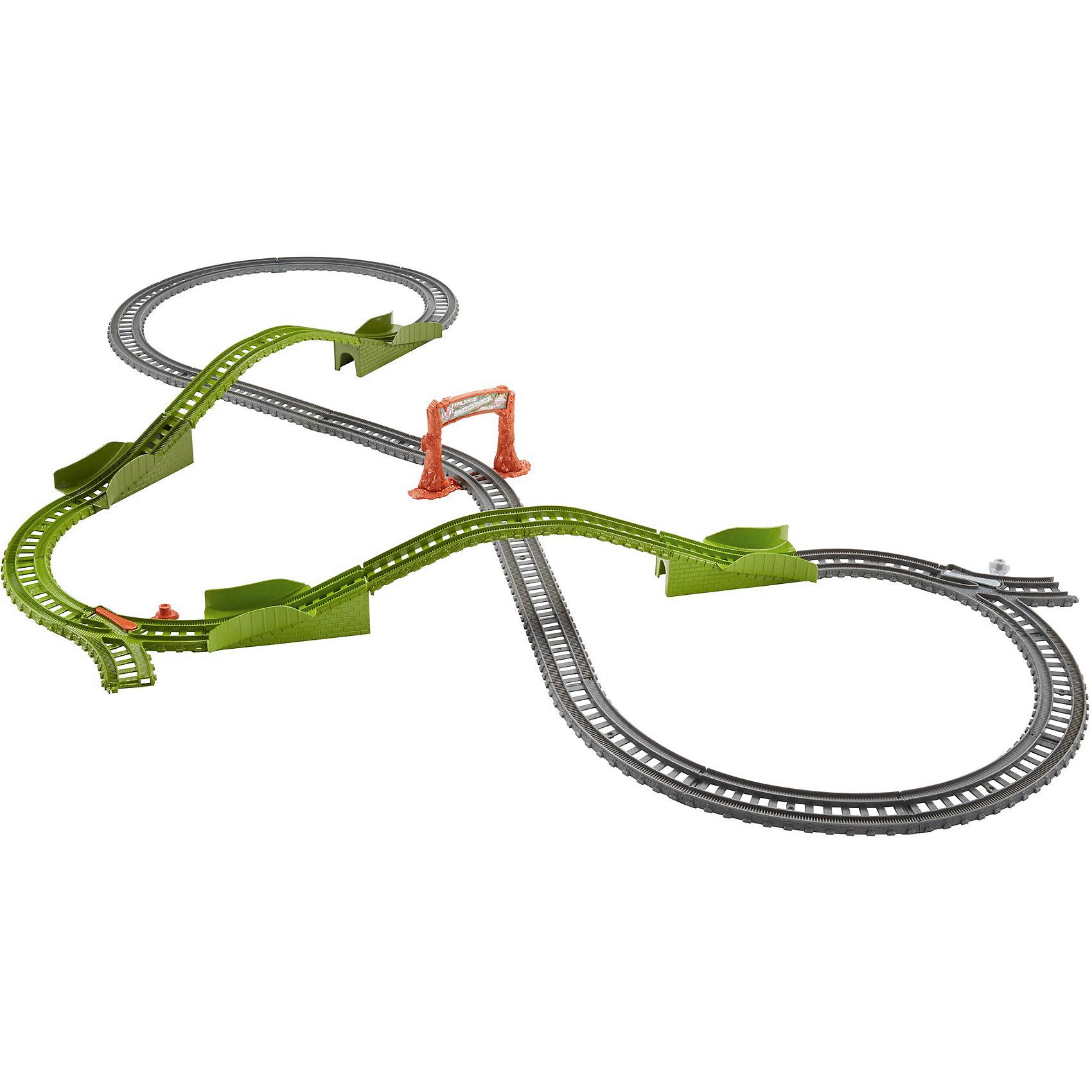 Игровой набор Гонка по болоту, Томас и его друзьяИгровой набор Гонка по болоту, Томас и его друзья.<br><br>Характеристики:<br><br>• В наборе: детали для сборки железной дороги, детали для сборки мостов, знак «Fenlands Swamp»<br>• Количество деталей: 25<br>• Материал: пластик<br>• Длина железнодорожного полотна: 121 см.<br>• Размер упаковки: 25х13х25 см.<br>• Вес: 820 гр.<br><br>С игровым набором Гонка по болоту ты можешь отправиться в Фендлендс - болотистую часть острова Содор. Построй двухуровневую железную дорогу с мостами, и отправляй паровозик (приобретается отдельно) в увлекательное путешествие. Паровозик может проехать как по мостам, так и под ними. <br><br>Реалистичности игре придают элементы конструктора зеленых цветов и знак «Fenlands Swamp». Все элементы набора выполнены из высококачественного пластика и покрыты нетоксичными красками. Набор совместим с другими наборами Track Master.<br><br>Игровой набор Гонка по болоту, Томас и его друзья можно купить в нашем интернет-магазине.<br><br>Ширина мм: 240<br>Глубина мм: 115<br>Высота мм: 240<br>Вес г: 914<br>Возраст от месяцев: 36<br>Возраст до месяцев: 120<br>Пол: Мужской<br>Возраст: Детский<br>SKU: 5440321