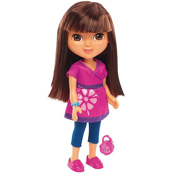 Кукла Даша, Fisher Price, Даша и друзьяДаша-путешественница<br>Кукла Даша, Fisher Price, Даша и друзья.<br><br>Характеристики:<br><br>• В наборе: кукла, шармик для браслета<br>• Высота куклы: 20 см.<br>• Материал: пластик, текстиль<br><br>Кукла Даша из серии Даша и друзья от Fisher-Price - игрушка, о которой мечтают все девочки, следящие за приключениями героев популярного детского мультфильма. С ней игры наполнятся новым сюжетом, ведь девочку ждут приключения и тайны, которые разгадает юная Даша. Даша одета в розовую тунику с цветком и синие легинсы, на ногах у куклы - розовые туфли. Волосы у Даши распущены, их можно расчесывать и укладывать в прически. Лицо куклы тщательно прорисовано. У Даши большие выразительные карие глаза, розовые губки. Руки и ноги куклы подвижны, шарниров в суставах нет. <br><br>Кукла изготовлена из качественных безопасных для здоровья материалов. В дополнение к кукле в набор входит шармик для браслета, который может быть использован с интерактивной куклой этой серии — Fisher-Price Talking Dora &amp; Smartphone! Просто наложите шармик в магический смартфон, чтобы услышать мелодии и фразы!<br><br>Куклу Даша, Fisher Price, Даша и друзья можно купить в нашем интернет-магазине.<br><br>Ширина мм: 115<br>Глубина мм: 70<br>Высота мм: 230<br>Вес г: 218<br>Возраст от месяцев: 36<br>Возраст до месяцев: 120<br>Пол: Женский<br>Возраст: Детский<br>SKU: 5440330
