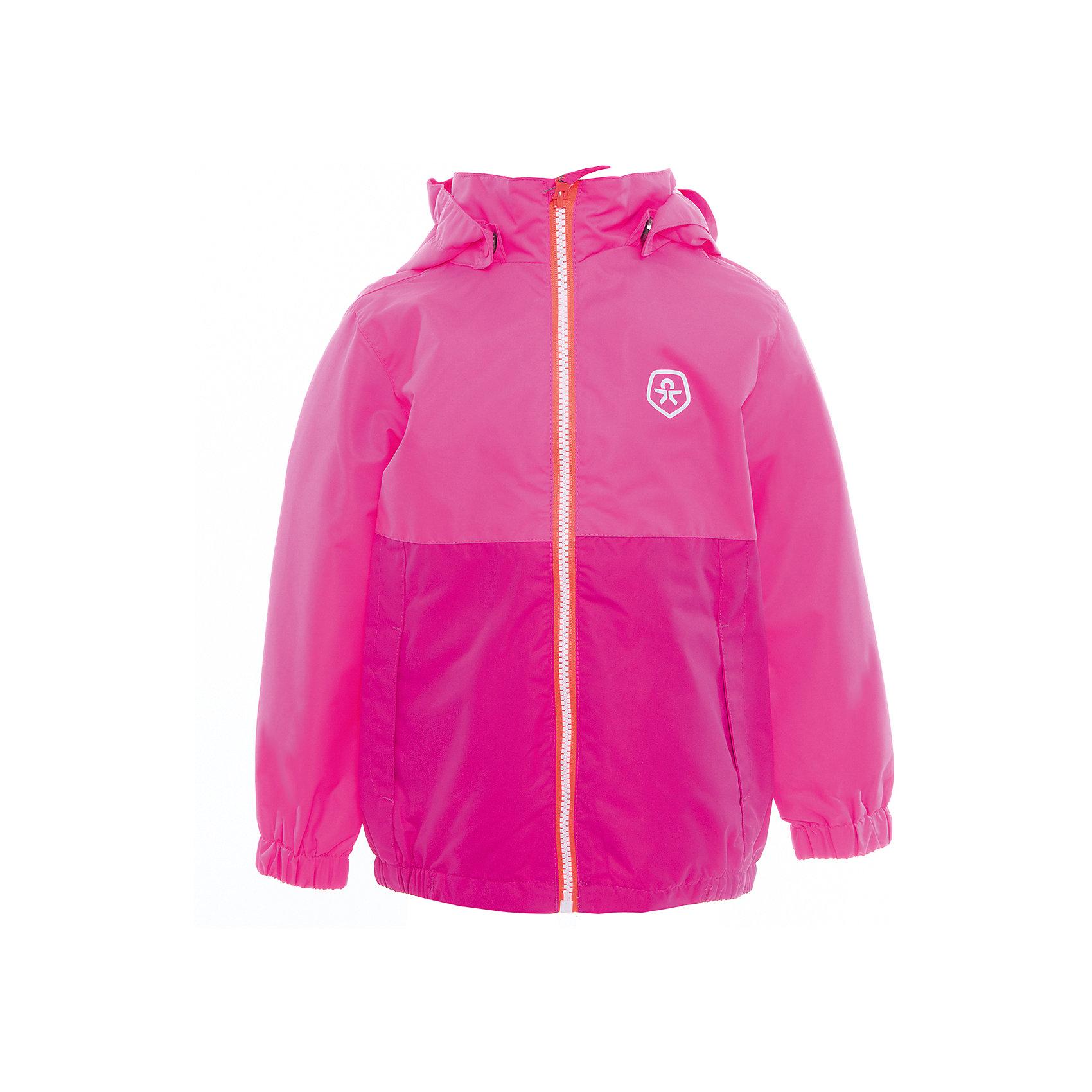 Ветровка для девочки Color KidsВерхняя одежда<br>Характеристики товара:<br><br>• цвет: розовый<br>• состав: 100 % полиэстер, таслан<br>• подкладка: 100% полиэстер, сетка<br>• без утеплителя<br>• температурный режим: от +10°до +20°С<br>• мембранная технология<br>• водонепроницаемость: 2000 мм<br>• ветрозащитная<br>• дышащая<br>• бионическая отделка<br>• эластичная резинка в рукавах и по низу<br>• светоотражающие детали<br>• застежка: молния<br>• съемный капюшон на кнопках<br>• защита подбородка<br>• два кармана<br>• логотип<br>• страна бренда: Дания<br><br>Эта симпатичная и удобная куртка сделана из непромокаемого легкого материала, поэтому отлично подойдет для дождливой погоды в весенне-летний сезон. Она комфортно сидит и обеспечивает ребенку необходимое удобство. Очень стильно смотрится.<br><br>Ветровку для мальчика от датского бренда Color Kids (Колор кидз) можно купить в нашем интернет-магазине.<br><br>Ширина мм: 356<br>Глубина мм: 10<br>Высота мм: 245<br>Вес г: 519<br>Цвет: розовый<br>Возраст от месяцев: 36<br>Возраст до месяцев: 48<br>Пол: Женский<br>Возраст: Детский<br>Размер: 140,104,152,92,98,110,116,122,128<br>SKU: 5443009