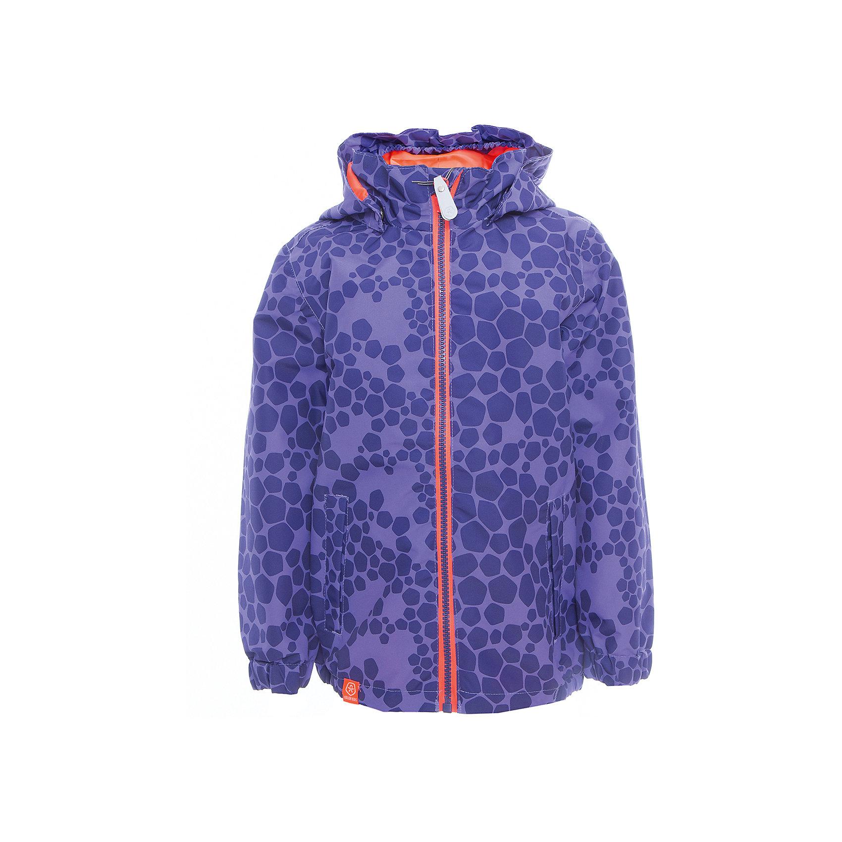 Ветровка для девочки Color KidsВерхняя одежда<br>Характеристики товара:<br><br>• цвет: фиолетовый<br>• состав: 100 % полиэстер, таслан<br>• подкладка: 100 % полиэфир, тафетта<br>• без утеплителя<br>• температурный режим: +10 С° до +20 С°<br>• мембранная технология<br>• водонепроницаемость: 3000 мм<br>• воздухопроницаемость: 3000 мм<br>• пропитка BIONIC-FINISH® ECO не содержащая фтора, парафина и формальдегида (дополнительная защита от грязи)<br>• проклеенные швы<br>• утяжка по низу куртки<br>• светоотражающие детали<br>• швы проклеены<br>• съемный капюшон<br>• защита подбородка<br>• два кармана на молнии<br>• логотип<br>• страна бренда: Дания<br><br>Эта симпатичная и удобная куртка сделана из непромокаемого легкого материала, поэтому отлично подойдет для дождливой погоды в межсезонье. Она комфортно сидит и обеспечивает ребенку необходимое удобство. Очень стильно смотрится.<br><br>Ветровку для мальчика от датского бренда Color Kids (Колор кидз) можно купить в нашем интернет-магазине.<br><br>Ширина мм: 356<br>Глубина мм: 10<br>Высота мм: 245<br>Вес г: 519<br>Цвет: лиловый<br>Возраст от месяцев: 24<br>Возраст до месяцев: 36<br>Пол: Женский<br>Возраст: Детский<br>Размер: 98,104,110,116,122,128,140,152,92<br>SKU: 5443059