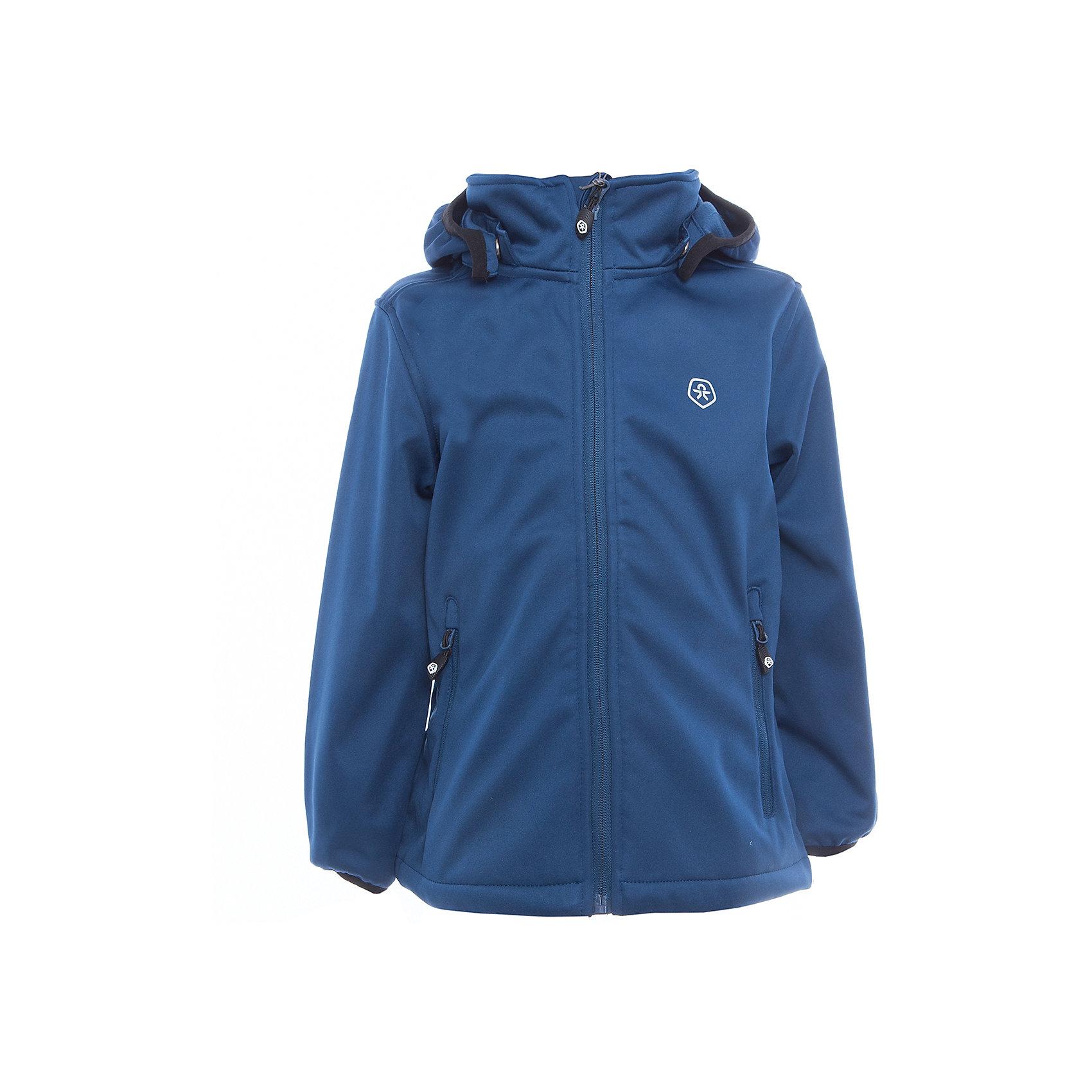 Куртка для мальчика Color KidsВерхняя одежда<br>Характеристики товара:<br><br>• цвет: синий<br>• состав: 100 % полиэстер, softshell клееный с флисом<br>• без утеплителя<br>• температурный режим: от +5°до +15°С<br>• мембранная технология<br>• водонепроницаемость: 5000 мм<br>• воздухопроницаемость: 1000 г/м2/24ч<br>• ветрозащитный<br>• регулируемый низ куртки<br>• светоотражающие детали<br>• застежка: молния<br>• съёмный капюшон на кнопках<br>• защита подбородка<br>• два кармана на молнии<br>• логотип<br>• страна бренда: Дания<br><br>Эта симпатичная и удобная куртка сделана из непромокаемого легкого материала, поэтому отлично подойдет для дождливой погоды в весенне-летний сезон. Она комфортно сидит и обеспечивает ребенку необходимое удобство. Очень стильно смотрится. <br><br>Куртку для мальчика от датского бренда Color Kids (Колор кидз) можно купить в нашем интернет-магазине.<br><br>Ширина мм: 356<br>Глубина мм: 10<br>Высота мм: 245<br>Вес г: 519<br>Цвет: синий<br>Возраст от месяцев: 24<br>Возраст до месяцев: 36<br>Пол: Мужской<br>Возраст: Детский<br>Размер: 98,104,110,116,122,140,152,92<br>SKU: 5443270