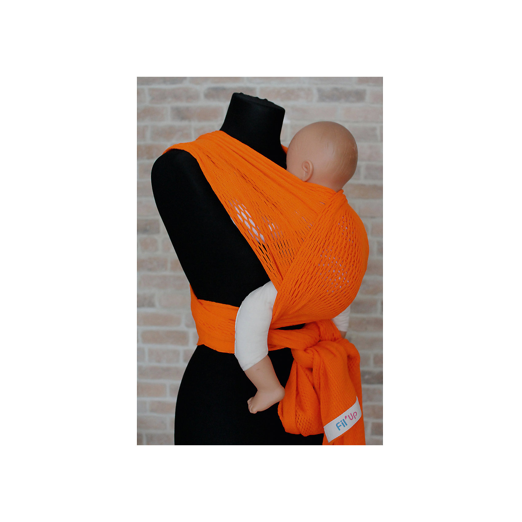 Слинг-шарф из хлопка плетеный размер s-m, Филап, Filt, оранжевыйСлинги и рюкзаки-переноски<br>Характеристики:<br><br>• разработан совместно с врачами-ортопедами;<br>• обеспечивает оптимальную поддержку ребенка;<br>• легко наматывается;<br>• два способа намотки: «простой крест» и «двойной крест»;<br>• равномерно распределяет нагрузку на спину;<br>• основное положение: лицом к маме;<br>• подходит для автоматической стирки при температуре 30 градусов;<br>• сумочка в комплекте;<br>• цвет: оранжевый;<br>• материал: хлопок;<br>• возраст ребенка: 3 месяца-2 года (до 15 кг);<br>• размер слинга: 4,4х0,5 м;<br>• размер упаковки: 24х26х7 см;<br>• вес: 430 грамм;<br>• страна бренда: Франция.<br><br>Слинг-шарф FilUp изготовлен из натурального хлопка сетчатого плетения и окрашен нетоксичными красителями. Плетеный материал защитит ребенка и маму от жары. В зимнее время вы сможете одеть ребенка привычным образом, а слинг предотвратит перегревание. Хлопок приятен телу, не вызывает аллергии.<br><br>Основное положение ребенка в слинге - лицом к маме. Кроме этого, возможно положение на боку и за спиной.  Слинг легко надевается и вытягивается при необходимости. <br><br>Слинг-шарф равномерно распределяет нагрузку на спину, чтобы вы могли носить малыша с комфортом. Широкая центральная часть шарфа удобна для правильной посадки и фиксации ребенка.  Ножки ребенка будут находиться в положении, необходимом для правильного развития тазобедренных суставов. Узкие концы слинг-шарфа можно завязать так, чтобы они не мешали вам. <br><br>Слинг-шарф FilUp можно стирать в машинке при температуре 30°. Длина полотна - 4,4 метра. Ширина полотна - 0,5 метра. Подходит для детей от 3-4-х месяцев до 1,5-2-х лет (весом до 15 килограммов). В комплект входит сумочка-авоська, которая подойдет для бутылочек, салфеток и прочих необходимых предметов.<br><br>Слинг-шарф из хлопка плетеный размер s-m, Филап, Filt, оранжевый можно купить в нашем интернет-магазине.<br><br>Ширина мм: 800<br>Глубина мм: 800<br>Высота мм: 50