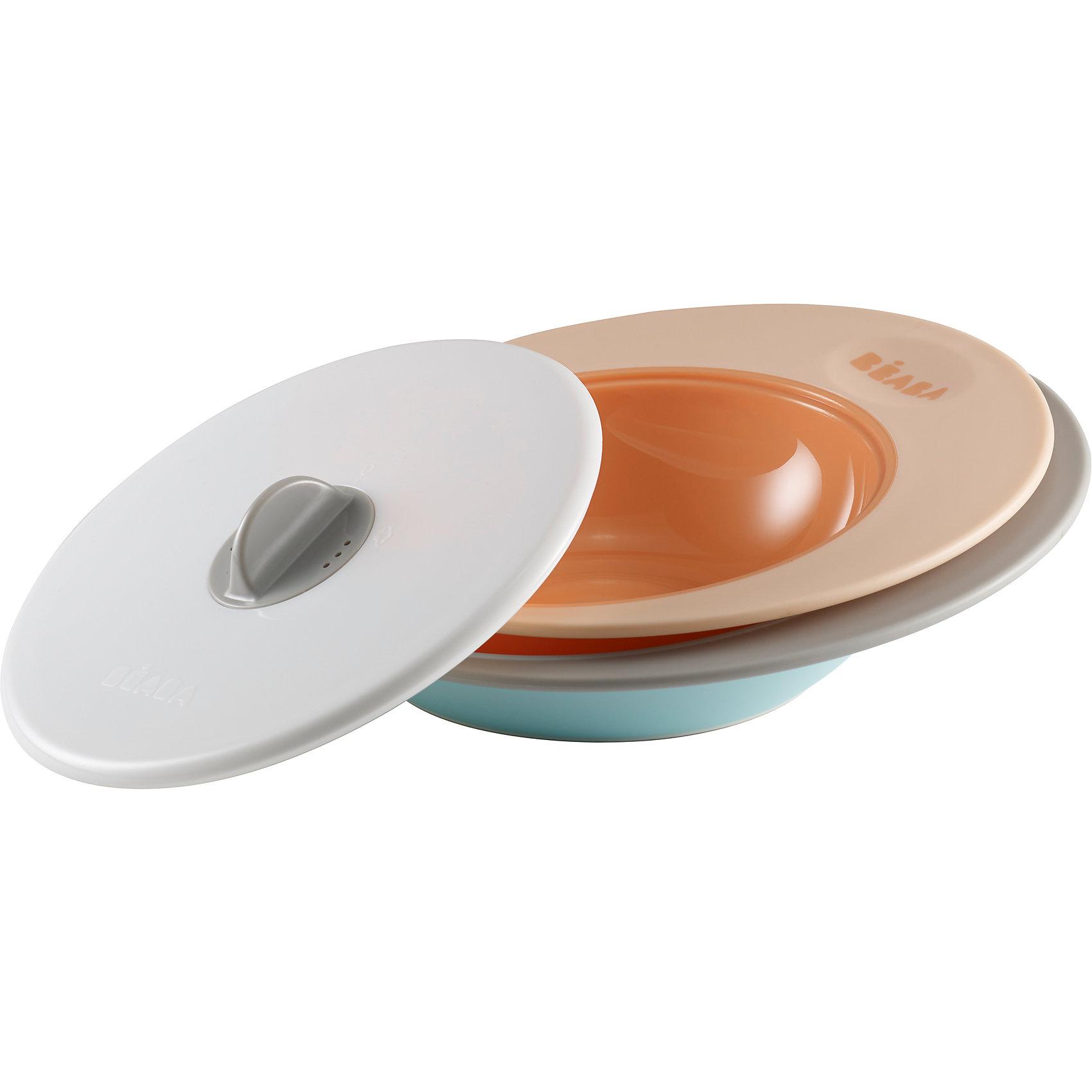Набор тарелок ELLIPSE, Beaba, бежевыйНаборы посуды<br>Набор тарелок ELLIPSE, Beaba (Беаба), бежевый<br><br>Характеристики:<br><br>• два положения крышки: для микроволновой печи и для сохранения тепла<br>• прорезиненное основание<br>• широкие края<br>• выгнутое дно<br>• объем маленькой тарелки: 210 мл<br>• объем большой тарелки: 300 мл<br>• подходят для посудомоечной машины и микроволновой печи<br>• материал: пластик<br>• размер упаковки: 22х22х8 см<br>• вес: 500 грамм<br>• цвет: бежевый<br><br>Тарелки ELLIPSE подходят для первого прикорма и самостоятельного приема пищи. В комплект входят две тарелки (210 и 300 мл) и крышка. Крышка имеет два положения. Одно предназначено для разогрева в микроволновой печи, а второе для сохранения температуры. Широкие края тарелок позволяют легко перемешать содержимое. А выгнутое дно поможет правильно распределить пищу. Тарелки подходят для использования в микроволновой печи и посудомоечной машине.<br><br>Набор тарелок ELLIPSE, Beaba (Беаба), бежевый можно купить в нашем интернет-магазине.<br><br>Ширина мм: 205<br>Глубина мм: 66<br>Высота мм: 240<br>Вес г: 370<br>Возраст от месяцев: 4<br>Возраст до месяцев: 2147483647<br>Пол: Унисекс<br>Возраст: Детский<br>SKU: 5445727