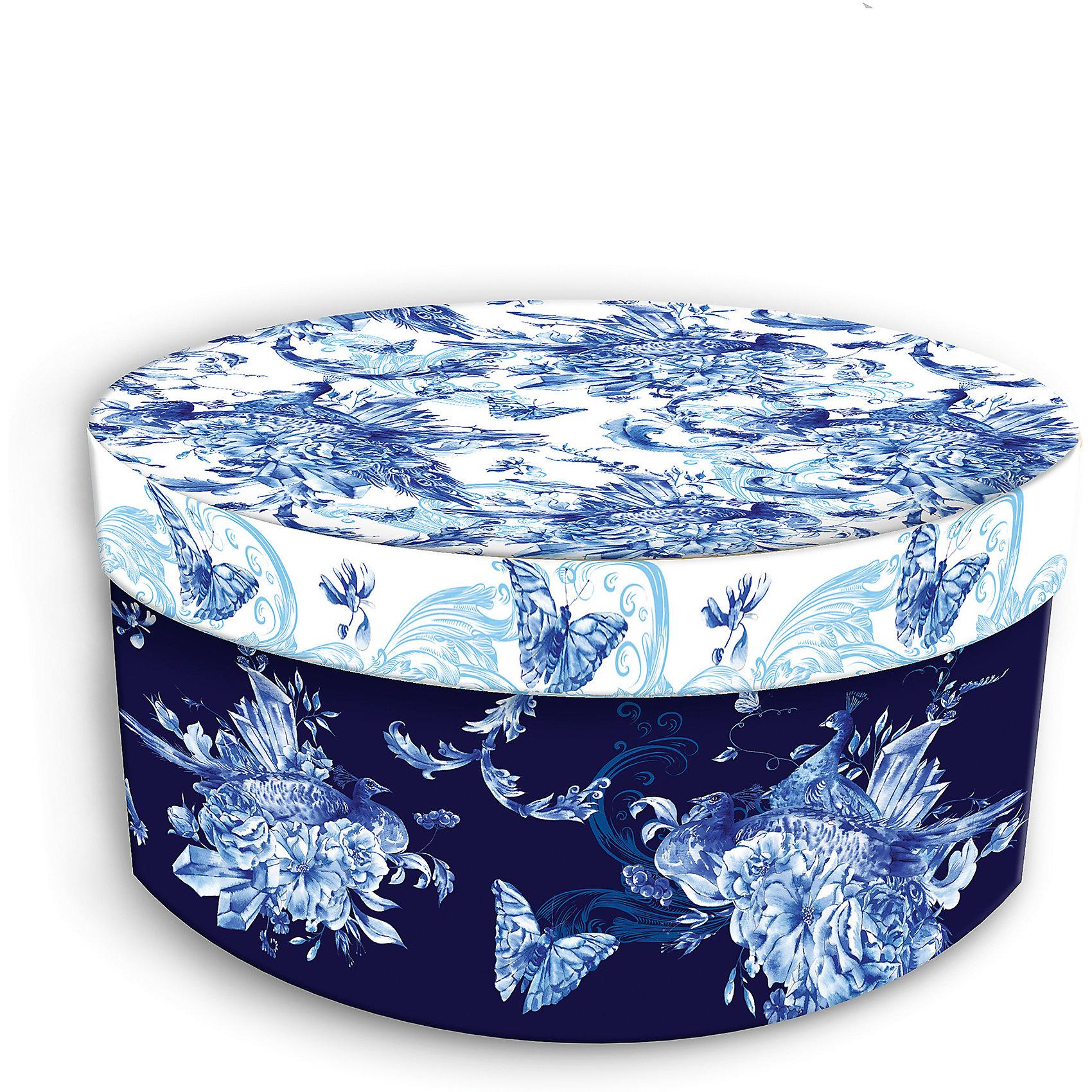 Коробка подарочная Голубые цветы, 14х14х7см., Феникс-ПрезентПредметы интерьера<br>Коробка подарочная Голубые цветы, 14х14х7см., Феникс-Презент<br><br>Характеристики:<br><br>• подарочная коробка с крышкой<br>• оригинальный дизайн<br>• изготовлена из мелованного ламинированного картона<br>• плотность 1100 г/м2<br>• рисунок на внутренней и наружной стороне<br>• размер: 14х14х7 см<br><br>Красивая подарочная коробка подарит массу положительных эмоций и создаст праздничное настроение. Коробка Голубые цветы изготовлена из плотного ламинированного картона. Наружная сторона оформлена ярким цветочным узором голубого оттенка. Изделие имеет круглую форму, закрывается с помощью крышки. Такой подарок не оставит получателя равнодушным!<br><br>Коробка подарочная Голубые цветы, 14х14х7см., Феникс-Презент вы можете купить в нашем интернет-магазине.<br><br>Ширина мм: 140<br>Глубина мм: 140<br>Высота мм: 70<br>Вес г: 60<br>Возраст от месяцев: 36<br>Возраст до месяцев: 2147483647<br>Пол: Унисекс<br>Возраст: Детский<br>SKU: 5449638