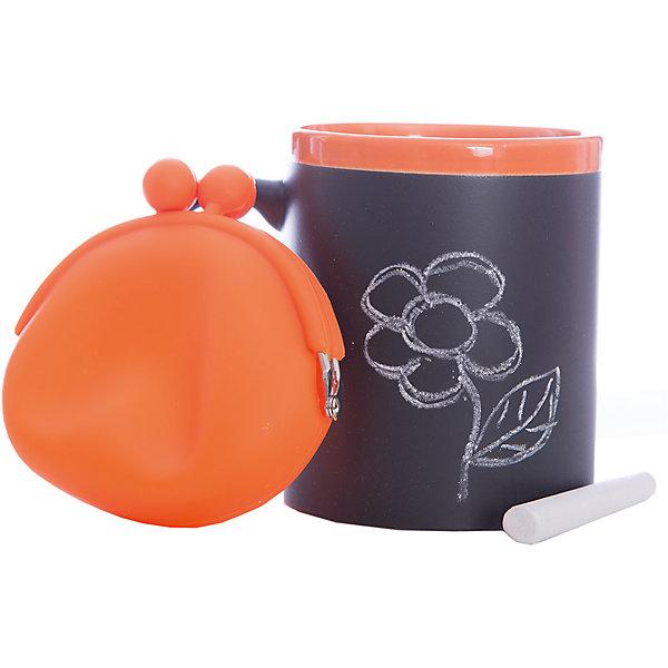 Набор подарочный  Оранжевый, Феникс-ПрезентНовогодние сувениры<br>Набор подарочный Оранжевый, Феникс-Презент<br><br>Характеристики:<br><br>• оригинальный набор в подарочной упаковке<br>• в комплекте: кружка, мелки (2 шт.), кошелек<br>• кружка с меловым грифельным покрытием для заметок<br>• материал кружки: керамика<br>• объем кружки: 300 мл<br>• материал кошелька: силикон<br>• размер коробки: 12х11х10,5 см<br><br>Набор Оранжевый - отличный вариант для тех, кто любит оригинальные и запоминающиеся подарки. В комплект входят 2 мелка, кружка и кошелек. Кружка из керамики никого не оставит равнодушным! На ней, с помощью мелков, можно оставить любые послания для близкого человека. Кошелек небольшого размера изготовлен из силикона. Все изделия выполнены в оранжевом и черном цветах. Такой подарок именинник запомнит надолго!<br><br>Набор подарочный Оранжевый, Феникс-Презент можно купить в нашем интернет-магазине.<br><br>Ширина мм: 120<br>Глубина мм: 110<br>Высота мм: 110<br>Вес г: 458<br>Возраст от месяцев: 120<br>Возраст до месяцев: 2147483647<br>Пол: Унисекс<br>Возраст: Детский<br>SKU: 5449661