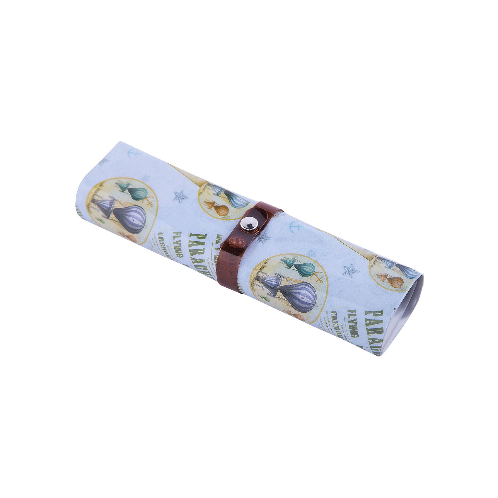 Пенал-органайзер Воздушные шары, для хранения мелких предметов, Феникс-ПрезентПеналы без наполнения<br>Пенал-органайзер Воздушные шары, для хранения мелких предметов, Феникс-Презент<br><br>Характеристики:<br><br>• подходит для канцелярских принадлежностей и мелких предметов<br>• застегивается на кнопку<br>• 6 узких и 3 широких держателя<br>• 5 кармашков<br>• оформлен ярким рисунком<br>• размер в разложенном виде: 25х20 см<br>• размер в собранном виде: 20х5,5х2,5 см<br>• материал: ПВХ, металл<br><br>Пенал Воздушные шары предназначен для хранения канцелярских принадлежностей или мелких предметов. Внутри расположены держатели ( 6 узких и 3 широких) и пять кармашков. Пенал застегивается на кнопку. Наружная сторона оформлена ярким рисунком с изображением воздушных шаров.<br><br>Пенал-органайзер Воздушные шары, для хранения мелких предметов, Феникс-Презент можно купить в нашем интернет-магазине.<br><br>Ширина мм: 210<br>Глубина мм: 50<br>Высота мм: 50<br>Вес г: 79<br>Возраст от месяцев: 36<br>Возраст до месяцев: 2147483647<br>Пол: Унисекс<br>Возраст: Детский<br>SKU: 5449722