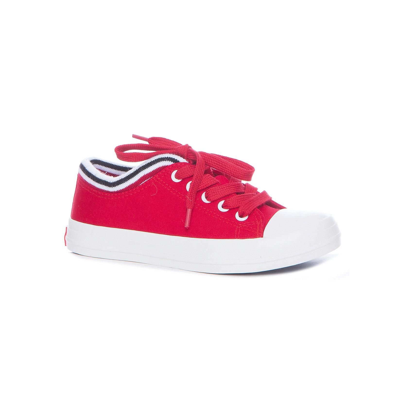 Кеды для девочки KEDDO, красныйКеды<br>Характеристики товара:<br><br>• цвет: красный<br>• материал верха: текстиль<br>• стелька: текстиль<br>• подошва: резина<br>• сезон: демисезон<br>• спортивный стиль<br>• температурный режим: от +10°до +20°С<br>• застежка: шнурки<br>• легкие<br>• коллекция: весна-лето 2017<br>• страна бренда: Великобритания<br>• страна производства: Китай<br><br>Стильные легкие кеды удобно сидят на ноге и позволяют ногам дышать. <br><br>Обувь от известного бренда KEDDO (Кеддо) уже завоевала популярность у взрослых и детей в нашей стране. <br><br>Модели этой марки - неизменно стильные и удобные, их дизайн отличается оригинальностью и продуманностью. <br><br>Порадуйте ребенка комфортными и современными вещами от KEDDO! <br><br>Кеды для девочки от британского бренда KEDDO (Кеддо) можно купить в нашем интернет-магазине.<br><br>Ширина мм: 250<br>Глубина мм: 150<br>Высота мм: 150<br>Вес г: 250<br>Цвет: красный<br>Возраст от месяцев: 108<br>Возраст до месяцев: 120<br>Пол: Женский<br>Возраст: Детский<br>Размер: 33,38,34,35,36,37<br>SKU: 5450067