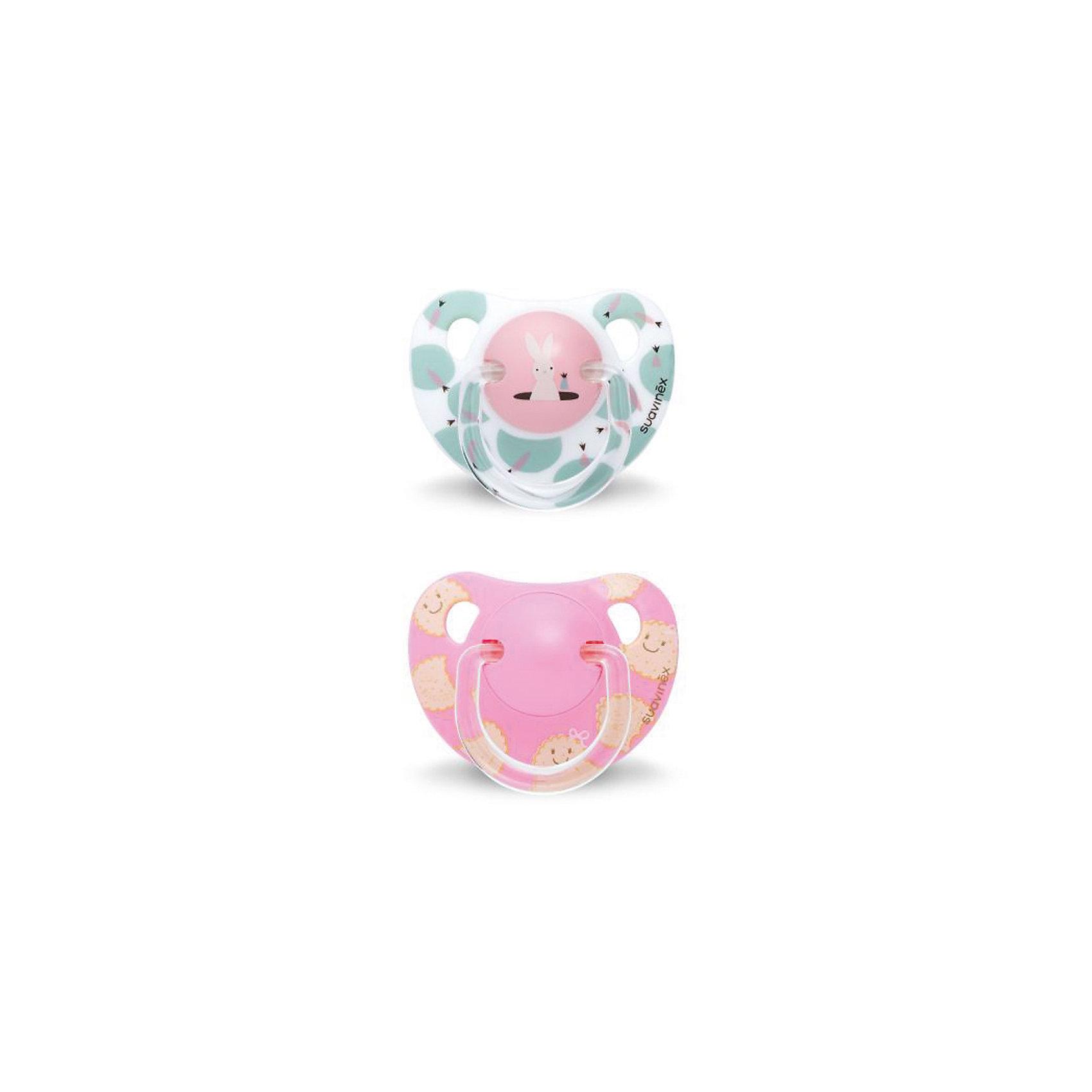 Набор пустышек от 12 мес. ,2 шт, сликон, Suavinex, белый кролик/розовый печеньеПустышки и аксессуары<br>Характеристики:<br><br>• Наименование: пустышка<br>• Рекомендуемый возраст: от 12 месяцев<br>• Пол: для девочки<br>• Материал: силикон, пластик<br>• Цвет: белый, розовый, бежевый<br>• Рисунок: кролик, печенье<br>• Форма: анатомическая<br>• Комплектация: 2 пустышки с разными рисунками<br>• Наличие вентиляционных отверстий <br>• Кольцо для держателя<br>• Вес: 40 г<br>• Параметры (Д*Ш*В): 5,4*6,5*14,1 см <br>• Особенности ухода: можно мыть в теплой воде, регулярная стерилизация <br><br>Набор пустышек от 12 мес. , 2 шт, сликон, Suavinex, белый кролик/розовое печенье изготовлен испанским торговым брендом, специализирующимся на выпуске товаров для кормления и аксессуаров новорожденным и младенцам. Продукция от Suavinex разработана с учетом рекомендаций педиатров и стоматологов, что гарантирует качество и безопасность использованных материалов. <br><br>Пластик, из которого изготовлены изделия, устойчив к появлению царапин и сколов, благодаря чему пустышки длительное время сохраняют свои гигиенические свойства. Форма у сосок способствует равномерному распределению давления на небо, что обеспечивает правильное формирование речевого аппарата. <br><br>Пустышки имеют анатомическую форму, для прикрепления держателя предусмотрено кольцо. Изделия выполнены в брендовом дизайне. Рисунки нанесены по инновационной технологии, которая обеспечивает стойкость рисунка даже при длительном использовании и частой стерилизации.<br><br>Набор пустышек от 12 мес. , 2 шт, сликон, Suavinex, белый кролик/розовое печенье можно купить в нашем интернет-магазине.<br><br>Ширина мм: 54<br>Глубина мм: 65<br>Высота мм: 141<br>Вес г: 40<br>Возраст от месяцев: 12<br>Возраст до месяцев: 24<br>Пол: Женский<br>Возраст: Детский<br>SKU: 5451353