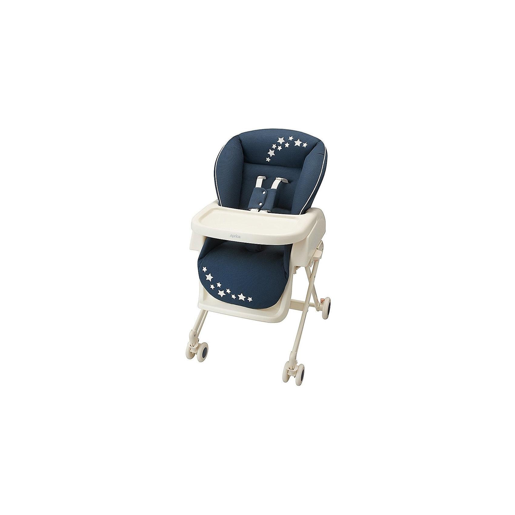 Колыбель Basic, Aprica, синийКолыбели<br>Характеристики:<br><br>• функции 2в1: колыбель-люлька для укачивания, стульчик для кормления;<br>• функция качания;<br>• съемный столик в стульчике для кормления;<br>• регулируемая высота столика: 3 уровня;<br>• регулируемые 5-ти точечные ремни безопасности;<br>• регулируется наклон спинки: 4 положения вплоть до горизонтального, угол наклона 90-170 градусов;<br>• регулируется высота люльки: 3 положения;<br>• кроватка-люлька оснащена колесиками со стопорами;<br>• компактное складывание.<br><br>Возраст ребенка: от рождения до 4-х лет<br>Вес ребенка: до 18 кг<br>Вес колыбели: 10,3 кг<br>Размер колыбели: 82/87х69х41/75 см<br>Размер стульчика: 71/85х54х69/99 см<br><br>Колыбель Basic, Aprica, синий можно купить в нашем интернет-магазине.<br><br>Ширина мм: 860<br>Глубина мм: 430<br>Высота мм: 555<br>Вес г: 12900<br>Возраст от месяцев: 0<br>Возраст до месяцев: 48<br>Пол: Мужской<br>Возраст: Детский<br>SKU: 5451719