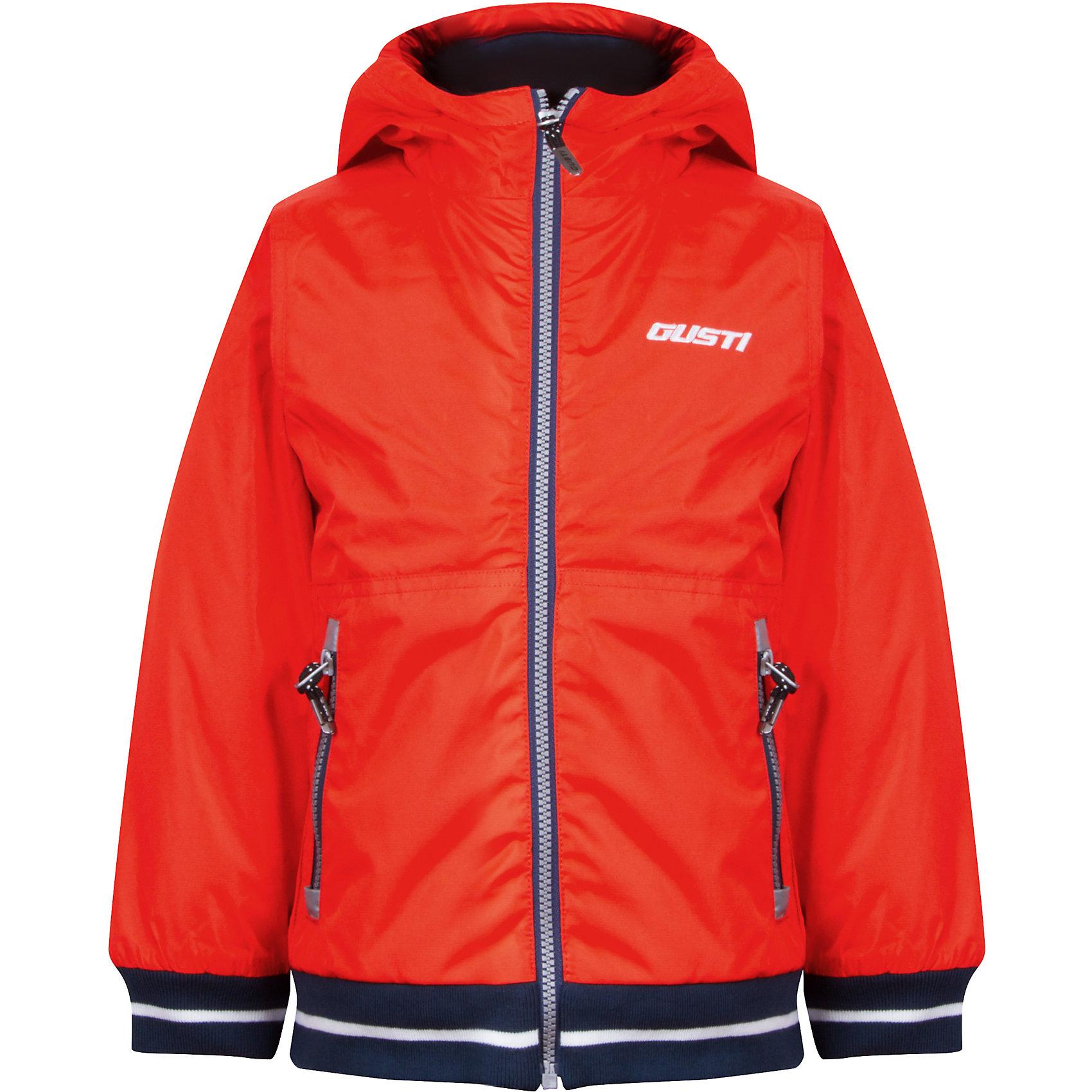 Куртка для мальчика GustiВерхняя одежда<br>Характеристики товара:<br><br>• цвет: оранжевый<br>• состав: 100% полиэстер, полиуретановое покрытие, подкладка - 100% полиэстер<br>• наполнитель: 100 гр teck polifill<br>• температурный режим: от +5° С до +15° С<br>• водонепроницаемый материал<br>• капюшон<br>• карманы<br>• водонепроницаемость: 2000 мм<br>• паропроницаемость: 2000 г/м2<br>• комфортная посадка<br>• светоотражающие элементы<br>• молния<br>• подкладка: таффета<br>• демисезонная<br>• страна бренда: Канада<br><br>Эта демисезонная куртка с мембранной технологией поможет обеспечить ребенку комфорт и тепло. Изделие удобно садится по фигуре, отлично смотрится с различным низом и обувью. Куртка модно выглядит, она хорошо защищает от ветра и влаги. Материал отлично подходит для дождливой погоды. Стильный дизайн разрабатывался специально для детей.<br><br>Куртку для мальчика от известного бренда Gusti (Густи) можно купить в нашем интернет-магазине.<br><br>Ширина мм: 356<br>Глубина мм: 10<br>Высота мм: 245<br>Вес г: 519<br>Цвет: оранжевый<br>Возраст от месяцев: 18<br>Возраст до месяцев: 24<br>Пол: Мужской<br>Возраст: Детский<br>Размер: 90,86,92,98,100,104,110,122,128,80,116,120<br>SKU: 5452389