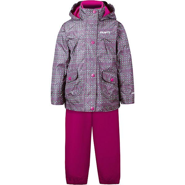 Комплект: куртка, толстовка и брюки для девочки GustiВерхняя одежда<br>Характеристики товара:<br><br>• цвет: серый<br>• состав: 100% полиэстер, подкладка, утеплитель - 100% полиэстер<br>• комплектация: куртка, съемная флисовая подкладка, брюки<br>• температурный режим: от +5° С до +15° С<br>• водонепроницаемый материал<br>• капюшон<br>• карманы<br>• съемные подтяжки<br>• брючины эластичные<br>• комфортная посадка<br>• светоотражающие элементы<br>• молния<br>• утеплитель: синтепон<br>• демисезонный<br>• страна бренда: Канада<br><br>Этот демисезонный комплект из куртки, пристегивающейся к ней толстовки из флиса, и штанов поможет обеспечить ребенку комфорт и тепло. Предметы удобно садятся по фигуре, отлично смотрятся с различной обувью. Комплект очень модно выглядит, он хорошо защищает от ветра и влаги. Материал отлично подходит для дождливой погоды. Стильный дизайн разрабатывался специально для детей.<br><br>Комплект: куртка, толстовка и брюки для девочки от известного бренда Gusti (Густи) можно купить в нашем интернет-магазине.<br>Ширина мм: 356; Глубина мм: 10; Высота мм: 245; Вес г: 519; Цвет: черный; Возраст от месяцев: 12; Возраст до месяцев: 15; Пол: Женский; Возраст: Детский; Размер: 100,104,80,110,116,120,122,140,152,86,90,92,98,128; SKU: 5452511;