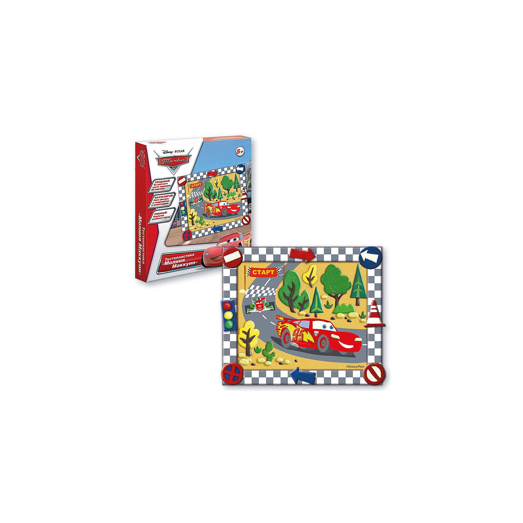Тестопластика Молния маккуин, Тачки DisneyТесто для лепки<br>Характеристики:<br>• в комплекте: цветное тесто (5 шт.), картинка, стека, клей ПВА, рамка, инструкция;<br>• материал: тесто, картон, пластик, клей;<br>• возраст: от 5 лет;<br>• размер упаковки: 28х23х3 см;<br>• вес: 300 грамм.<br><br>Тестопластика «Молния Маккуин» - набор для лепки детям от 5 лет. Набор состоит из цветного теста, картонной основы, клея ПВА, рамки и стеки.<br><br>Воспользовавшись инструкцией, ребенок вылепит детали из мягкого теста. Когда тесто подсохнет, детали можно приклеить к основе, чтобы получилась красивая картинка с Маккуином. Готовую работу можно оформить красивой рамочкой.<br><br>Тестопластика поможет развить аккуратность, усидчивость и художественный вкус.<br><br>Тестопластику Молния Маккуин, Тачки Disney, Creatto (Креатто) можно купить в нашем интернет-магазине.<br><br>Ширина мм: 220<br>Глубина мм: 190<br>Высота мм: 30<br>Вес г: 270<br>Возраст от месяцев: 60<br>Возраст до месяцев: 2147483647<br>Пол: Унисекс<br>Возраст: Детский<br>SKU: 5453395