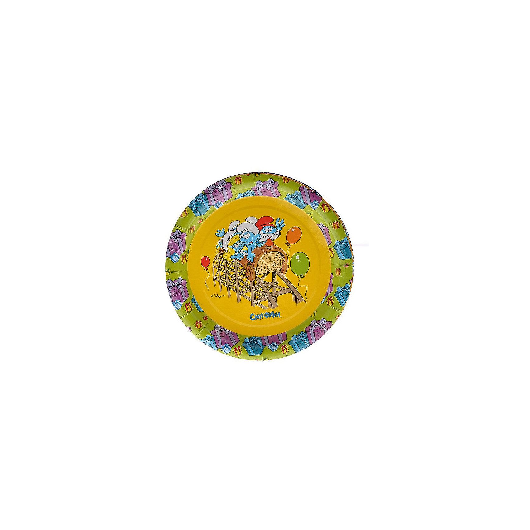 Набор тарелок 6 шт., СмурфикиЛюбое детское торжество – это долгожданное событие для каждого ребенка. Это веселье, танцы, задорный смех детей и много-много счастья. Ну, а для родителей это еще и горы грязной, а то и разбитой посуды. Не омрачить праздник, а только прибавить хорошего настроения поможет набор бумажных тарелок для праздника «Смурфики». Одноразовая посуда прочно вошла в современную жизнь, и теперь многие люди просто не представляют детский праздник или пикник без нее: она почти невесома, не может разбиться и не нуждается в мытье. Сделанная из бумаги, такая посуда является экологически чистой и не наносит вреда здоровью. Благодаря глянцевому ламинированию, одноразовые бумажные тарелки прекрасно справляются со своей задачей: удерживают еду, не промокают и не протекают. В набор входит 6 тарелок диаметром 18 см.<br><br>Ширина мм: 185<br>Глубина мм: 185<br>Высота мм: 10<br>Вес г: 57<br>Возраст от месяцев: 36<br>Возраст до месяцев: 2147483647<br>Пол: Унисекс<br>Возраст: Детский<br>SKU: 5453526