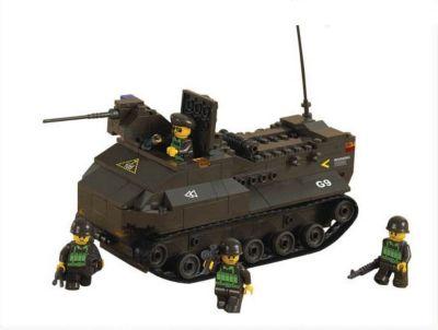 Конструктор Сухопутные войска: Десантный бронетранспортёр , 223 детали, Sluban
