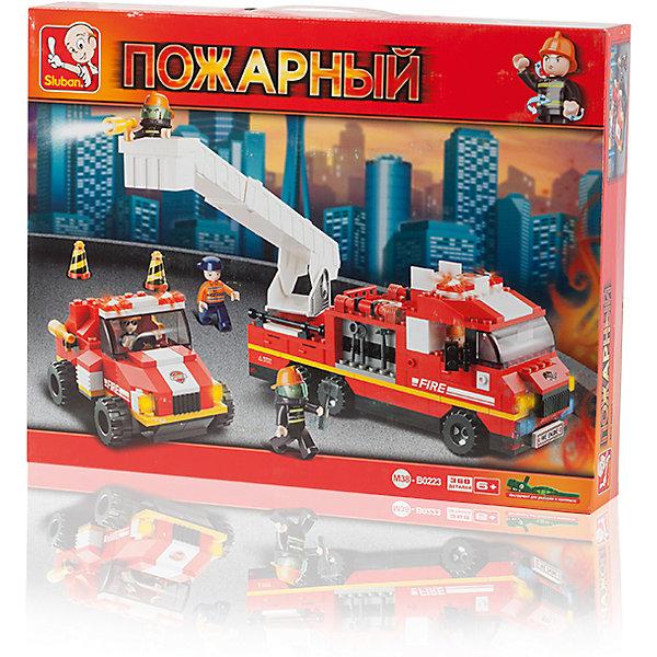 Конструктор Пожарный: Дежурный отряд, 368 деталей, SlubanПластмассовые конструкторы<br>Конструктор Пожарный: Дежурный отряд, 368 деталей, Sluban (Слубан)<br><br>Характеристики:<br><br>• возраст: от 6 лет<br>• пожарная станция из конструктора<br>• количество деталей: 368<br>• количество фигурок: 5<br>• материал: пластик<br>• размер упаковки: 6,7х33х42,5 см<br>• вес: 930 грамм<br><br>Команда пожарных придёт на помощь, когда случится беда. Для этого им нужны специальные автомобили. Из конструктора Sluban ребёнок сможет создать пожарные машины, а затем придумать интересную историю из жизни спасателей. Для этого в комплекте есть 5 мини-фигурок. Игра способствует развитию мелкой моторики, логического мышления и воображения.<br><br>Конструктор Пожарный: Дежурный отряд, 368 деталей, Sluban (Слубан) вы можете купить в нашем интернет-магазине.<br>Ширина мм: 425; Глубина мм: 330; Высота мм: 67; Вес г: 930; Возраст от месяцев: 72; Возраст до месяцев: 2147483647; Пол: Мужской; Возраст: Детский; SKU: 5453764;