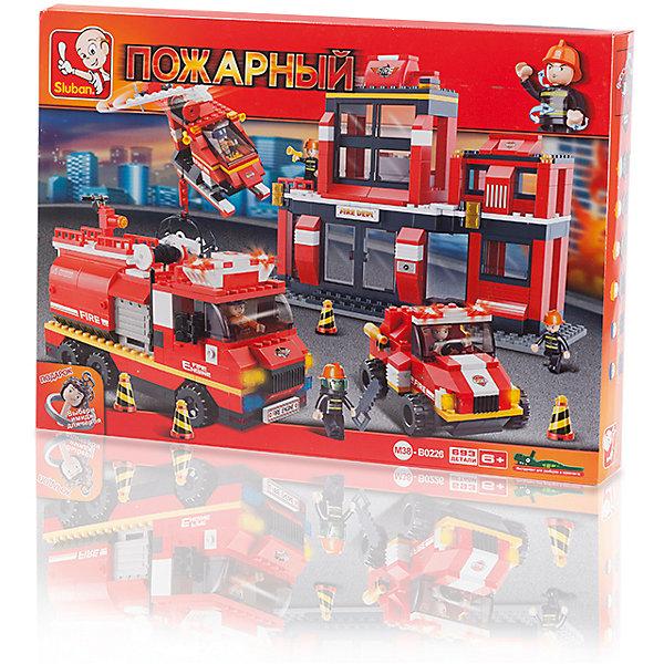 Конструктор Пожарный: Чрезвычайное происшествие, 693 детали, SlubanПластмассовые конструкторы<br>Конструктор Пожарный: Чрезвычайное происшествие, 693 детали, Sluban (Слубан)<br><br>Характеристики:<br><br>• возраст: от 6 лет<br>• большая пожарная станция из конструктора<br>• количество деталей: 693<br>• количество фигурок: 6<br>• материал: пластик<br>• размер упаковки: 8х38х52 см<br>• вес: 1560 грамм<br><br>Пожарная станция должна быть оснащена всем необходимым для спасения людей из огня. Из конструктора Sluban ребенок сможет собрать вышку, вертолет, пожарную машину и джип. В комплект входят 6 фигурок, с которыми ребенок сможет придумать самые интересные игровые сюжеты. Игра поможет развить моторику рук, внимательность, усидчивость и воображение.<br><br>Конструктор Пожарный: Чрезвычайное происшествие, 693 детали, Sluban (Слубан) вы можете купить в нашем интернет-магазине.<br><br>Ширина мм: 520<br>Глубина мм: 380<br>Высота мм: 80<br>Вес г: 1560<br>Возраст от месяцев: 72<br>Возраст до месяцев: 2147483647<br>Пол: Мужской<br>Возраст: Детский<br>SKU: 5453768