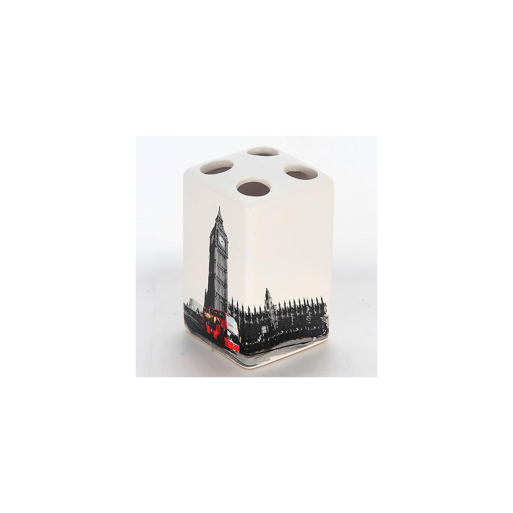 Держатель для зубных щеток Лондон TBH-L, Рыжий котВанная комната<br>Держатель для зубных щеток Лондон TBH-L, Рыжий кот<br><br>Характеристики:<br><br>• четыре отверстия для зубных щеток<br>• приятный дизайн<br>• материал: керамика<br>• размер: 6,6х6,6х10,5 см<br><br>Держатель Лондон предназначен для хранения зубных щеток. Он имеет четыре небольших отверстия для щеток, что отлично подойдет для большой семьи. Держатель изготовлен из керамики и оформлен изображением Биг-Бена и классического двухэтажного автобуса Лондона.<br><br>Держатель для зубных щеток Лондон TBH-L, Рыжий кот вы можете купить в нашем интернет-магазине.<br><br>Ширина мм: 80<br>Глубина мм: 80<br>Высота мм: 120<br>Вес г: 246<br>Возраст от месяцев: 12<br>Возраст до месяцев: 216<br>Пол: Унисекс<br>Возраст: Детский<br>SKU: 5454077