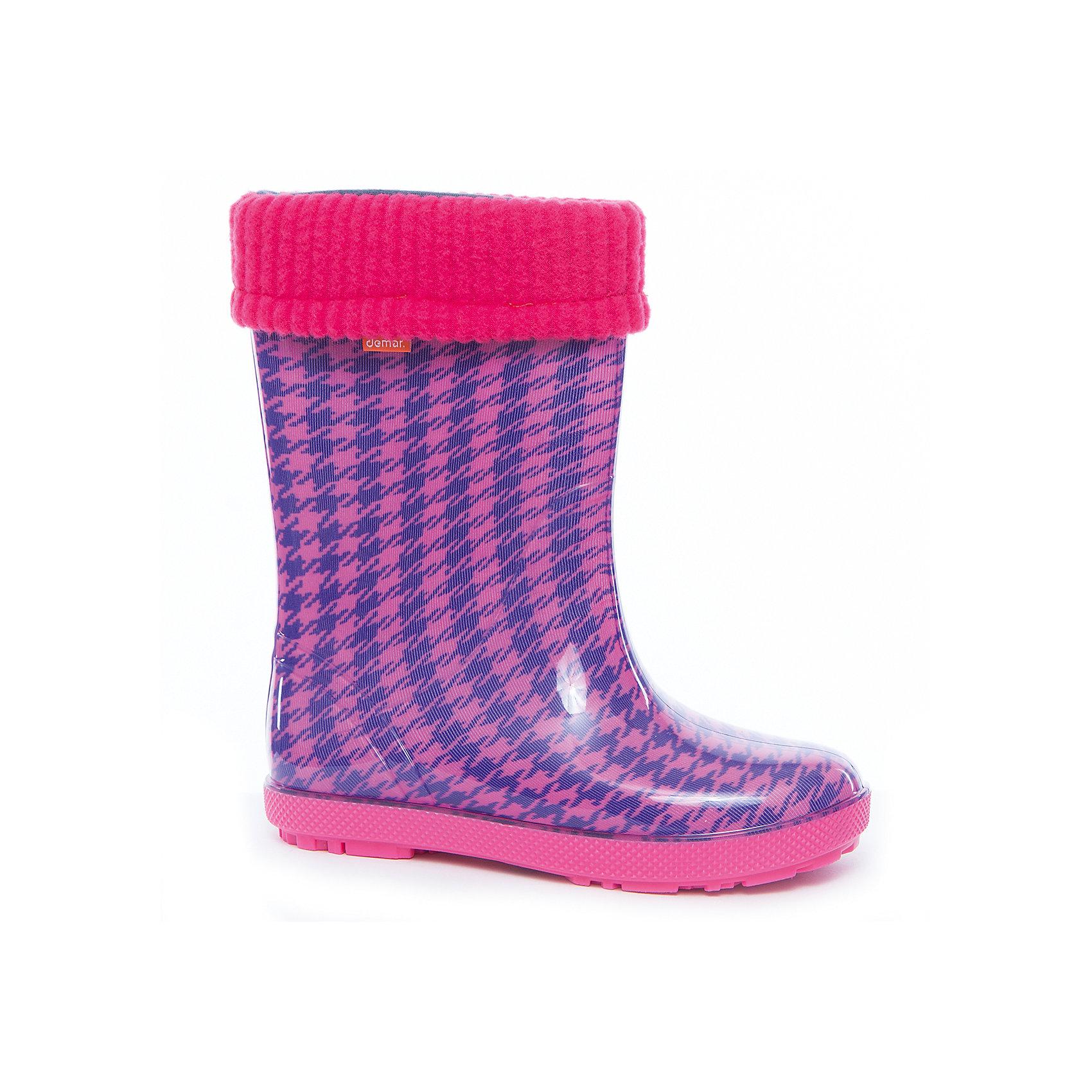 Резиновые сапоги для девочки DEMARРезиновые сапоги<br>Характеристики товара:<br><br>• цвет: фиолетовый<br>• внешний материал: ЭВА<br>• внутренний материал: текстиль<br>• стелька: ворсин<br>• подошва: ЭВА<br>• сезон: демисезон<br>• температурный режим: от 0 до +20<br>• съемный внутренний сапожок<br>• непромокаемые<br>• подошва не скользит<br>• анатомические <br>• высокие<br>• страна бренда: Польша<br>• страна изготовитель: Польша<br><br>Высокие резиновые сапоги для девочки Demar сделаны из плотного надежного материала. Устойчивая подошва с протектором не скользит. <br><br>Есть съемный сапожок. Непромокаемая детская обувь поможет сохранить ноги в тепле и сухости. <br><br>Резиновые сапоги для девочки Demar (Демар) можно купить в нашем интернет-магазине.<br><br>Ширина мм: 237<br>Глубина мм: 180<br>Высота мм: 152<br>Вес г: 438<br>Цвет: розовый<br>Возраст от месяцев: 108<br>Возраст до месяцев: 120<br>Пол: Женский<br>Возраст: Детский<br>Размер: 32/33,34/35,28/29,30/31<br>SKU: 5454268